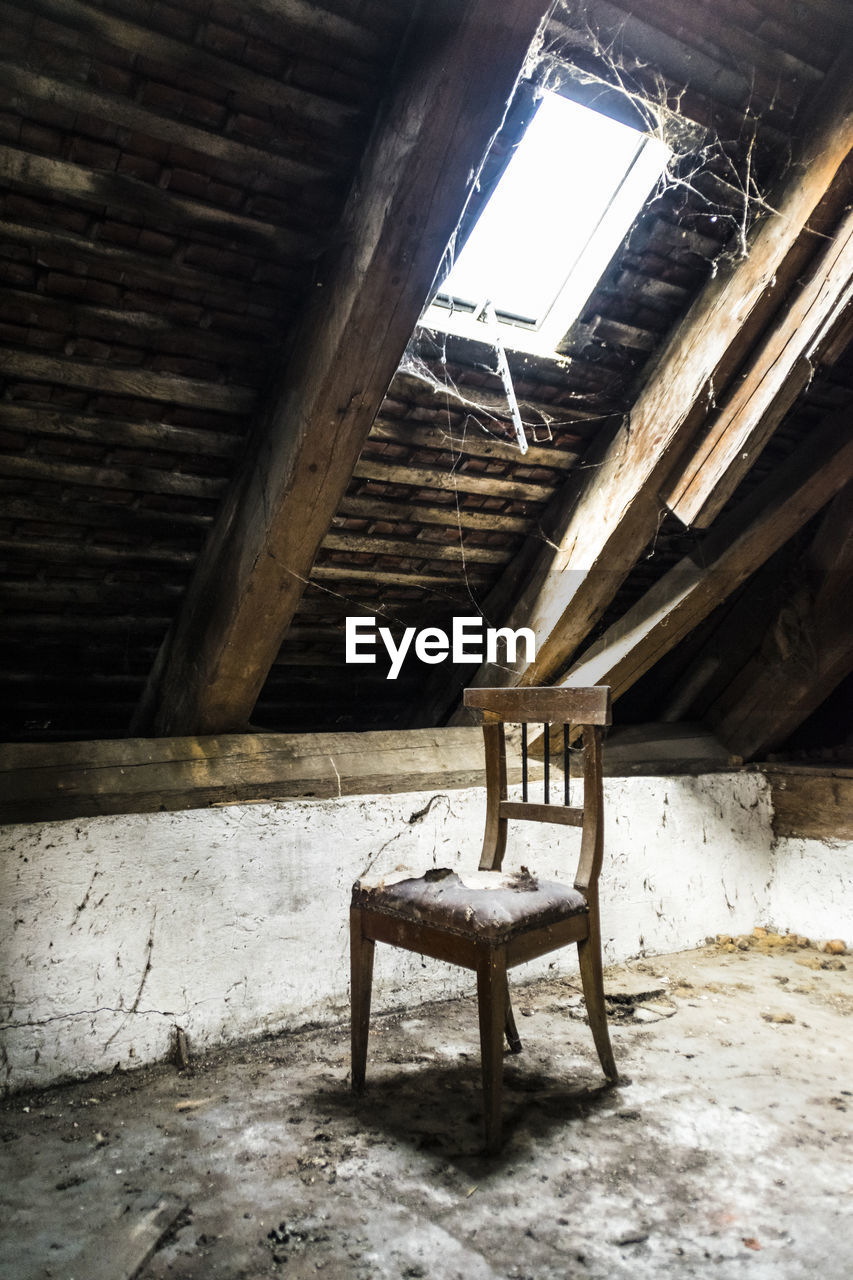 abandoned, wood - material, indoors, empty, no people, architecture, barn, built structure, day, desolate