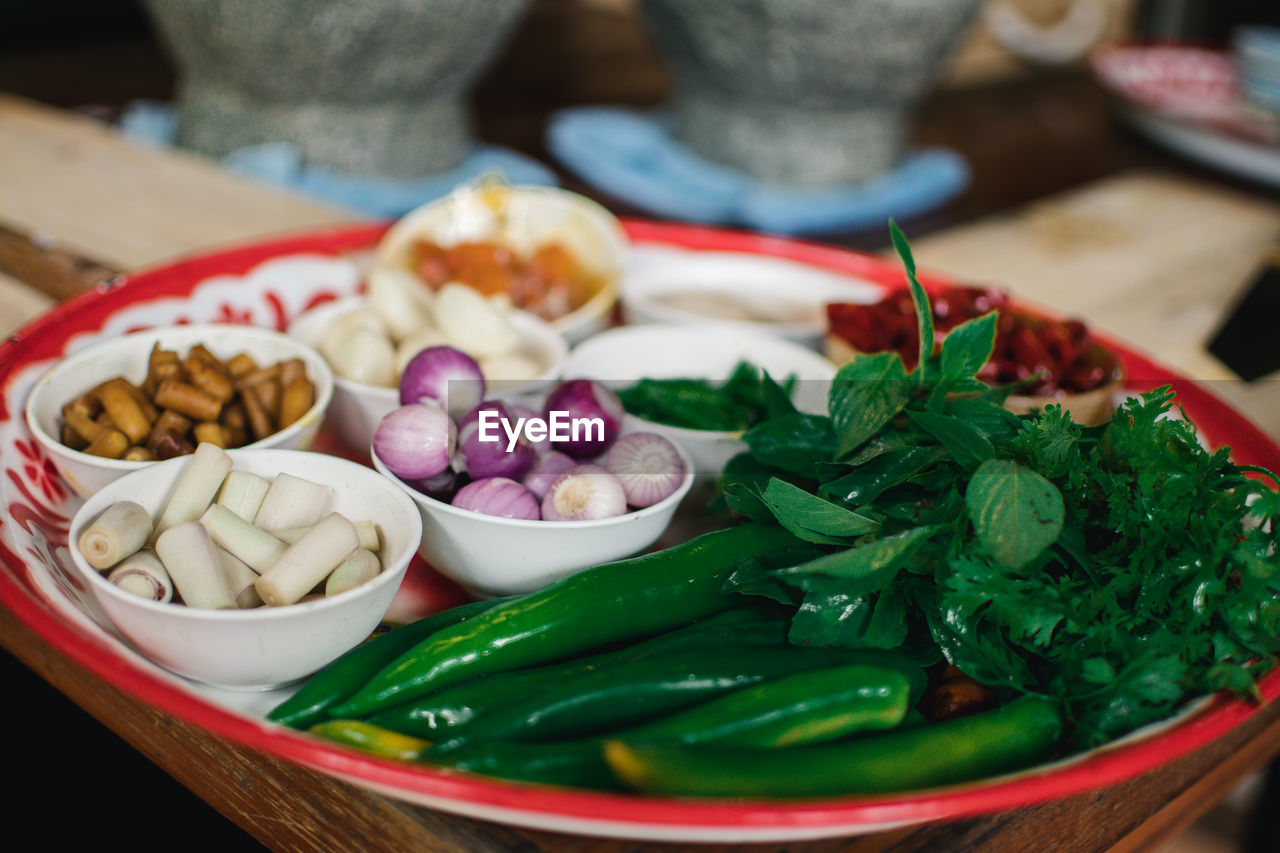 food and drink, food, freshness, healthy eating, wellbeing, vegetable, close-up, indoors, still life, fruit, plate, ready-to-eat, no people, green color, table, focus on foreground, selective focus, bowl, raw food, serving size