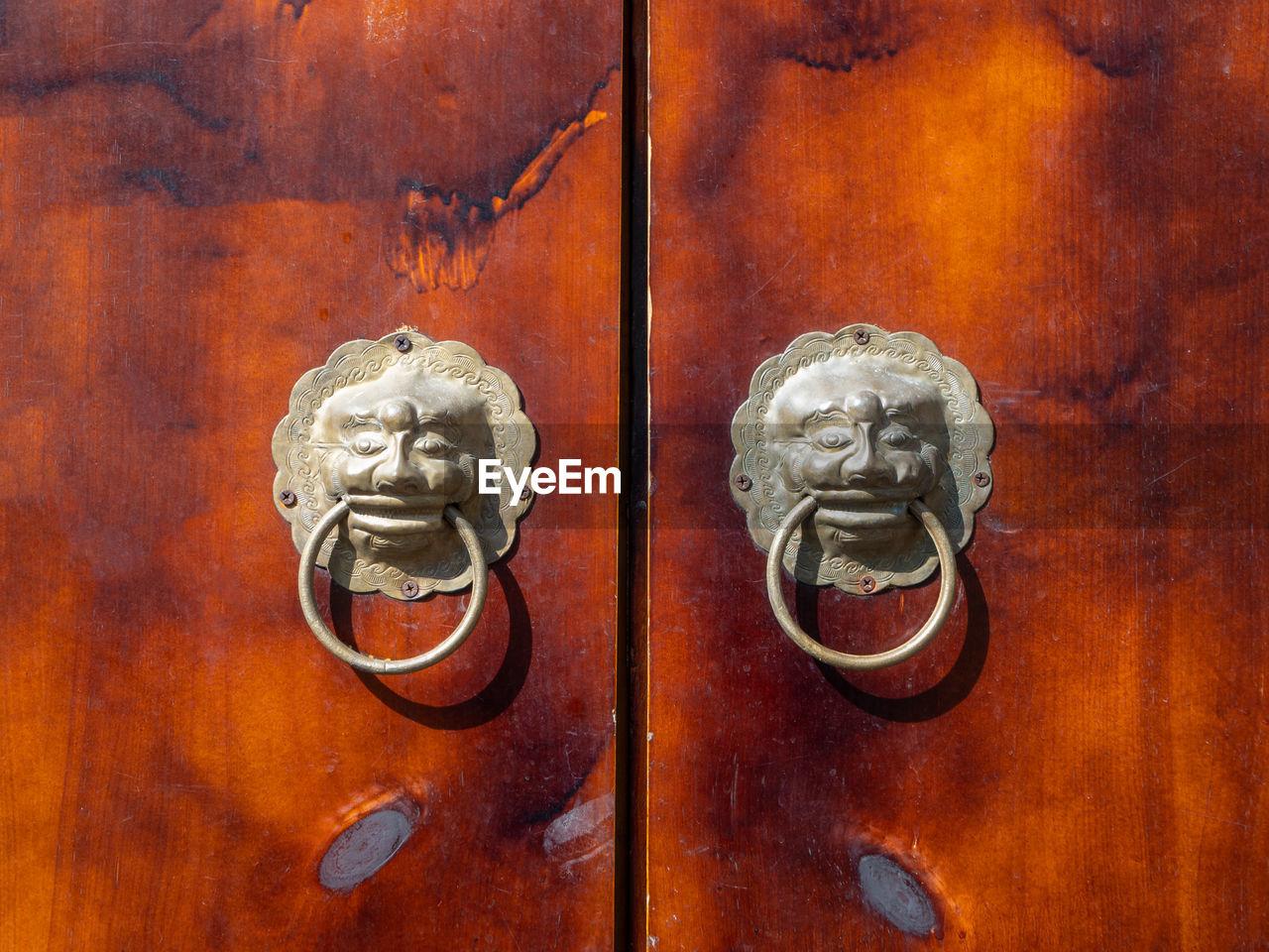 metal, entrance, door, knob, door knocker, close-up, doorknob, wood - material, protection, no people, craft, art and craft, safety, animal representation, lion - feline, old, security, antique, mammal, representation, ornate