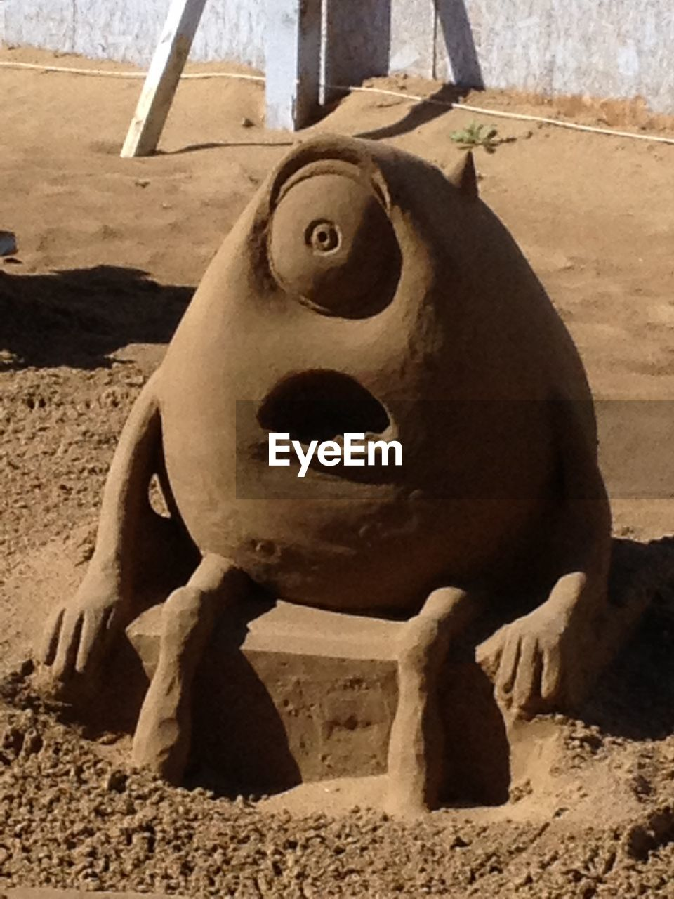 sand, day, statue, sculpture, no people, outdoors, beach, close-up, nature, animal themes, mammal