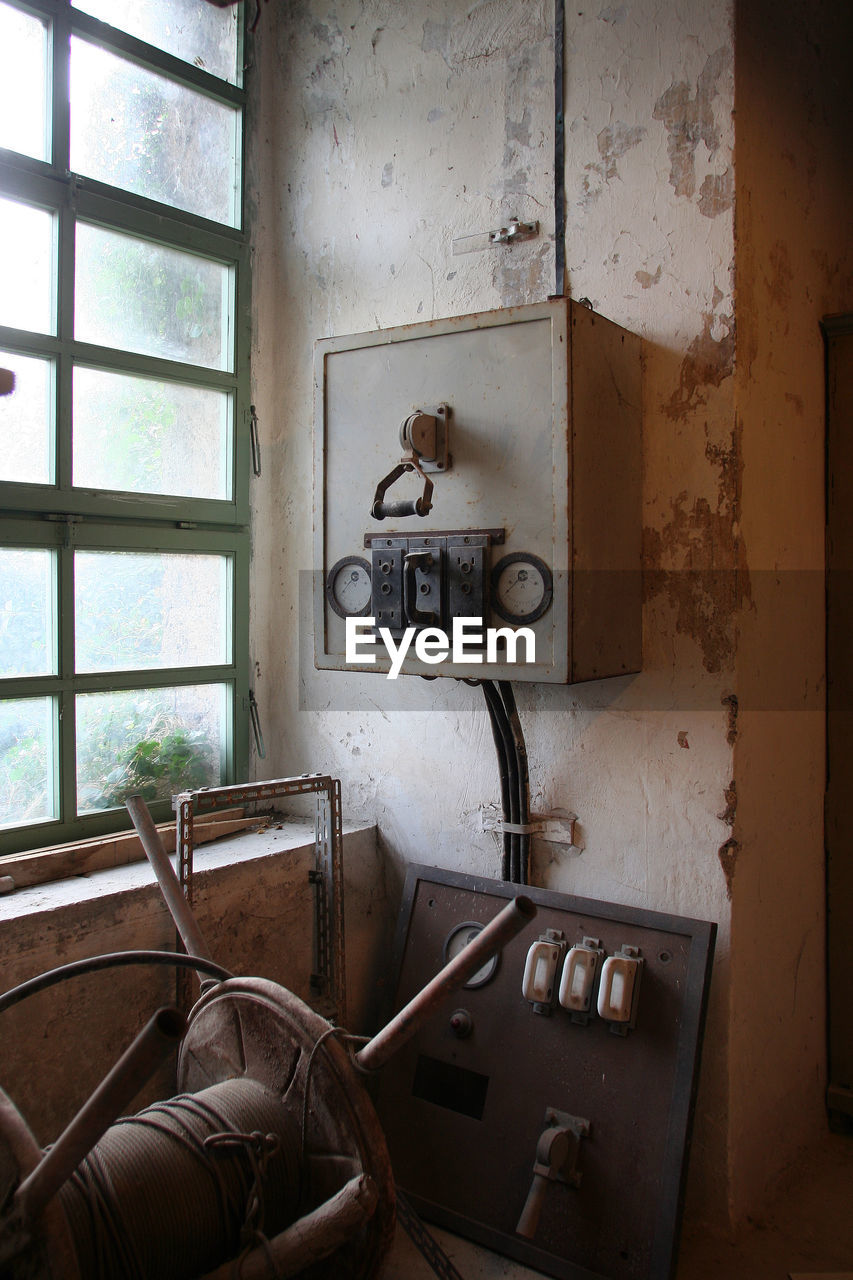 indoors, home interior, day, old-fashioned, no people, architecture, domestic room, close-up