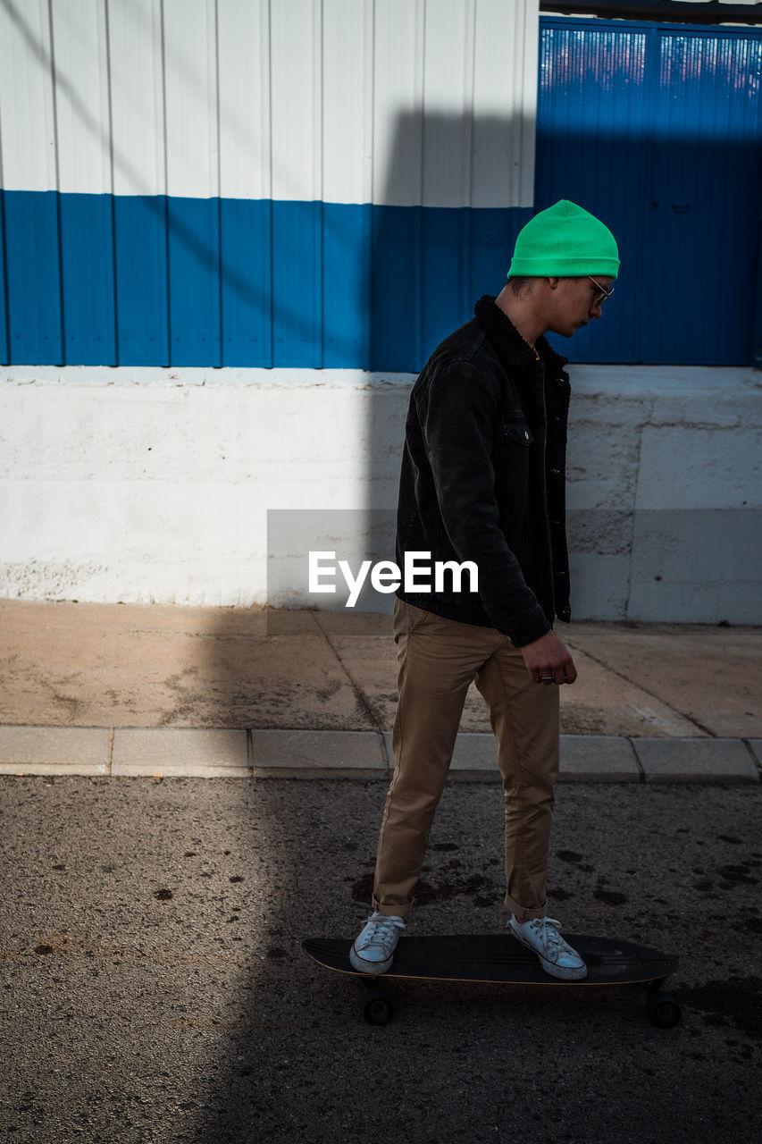 Guy skateboard