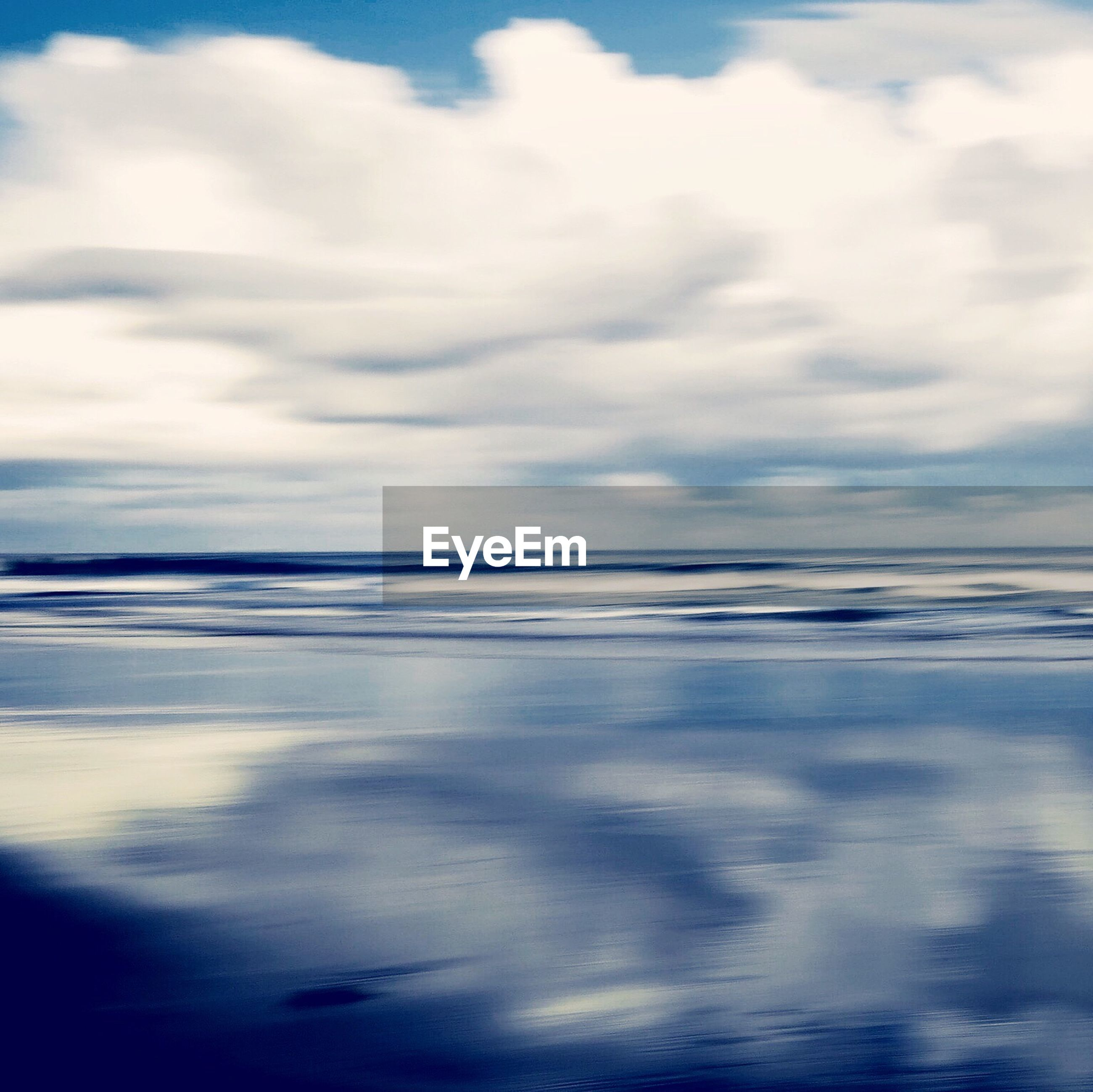 scenics, sea, water, tranquility, nature, beauty in nature, reflection, tranquil scene, outdoors, sky, no people, cloud - sky, day