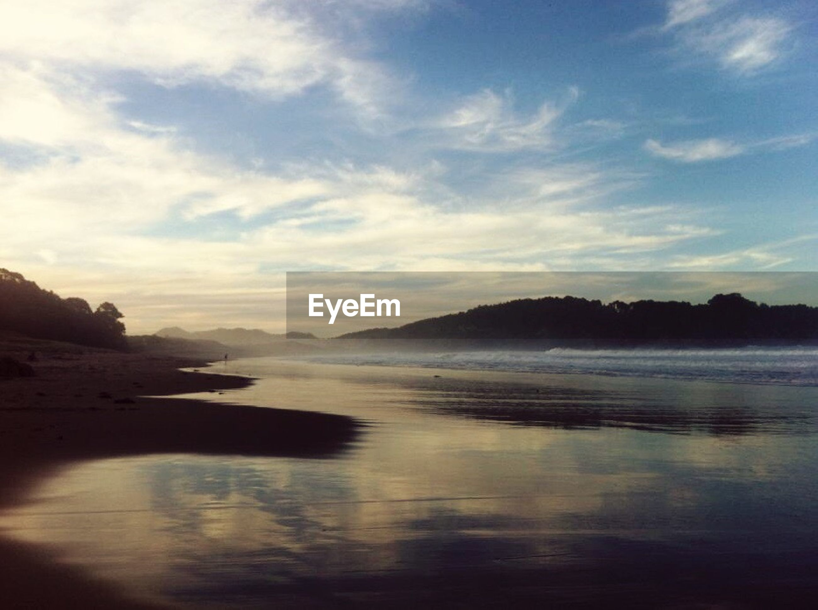 reflection, sea, water, landscape, tranquil scene, idyllic, sky, beach, beauty in nature, no people, scenics, nature, outdoors, mountain, day