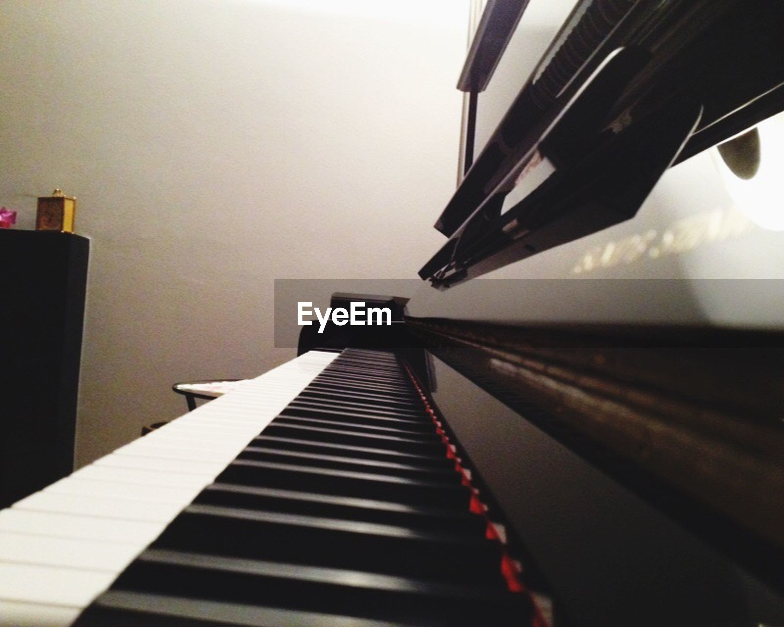 piano key, piano, music, musical instrument, indoors, arts culture and entertainment, no people, close-up, day