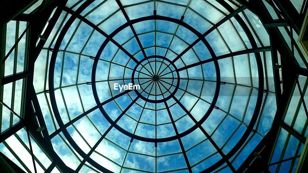 architecture, built structure, glass - material, architectural feature, modern, dome, travel destinations, low angle view, indoors, ceiling, pattern, no people, cupola, backgrounds, day, sky, city