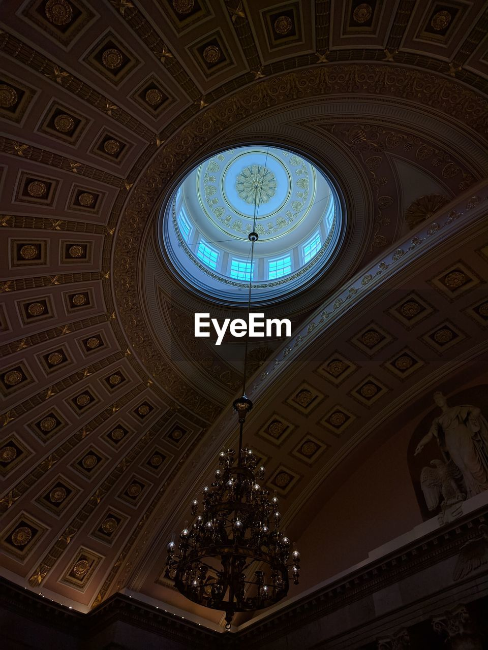 indoors, low angle view, ceiling, architecture, no people, built structure, day