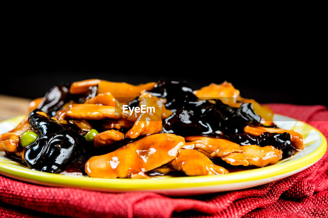 food, food and drink, plate, no people, ready-to-eat, close-up, freshness, indoors, studio shot, black background, black olive, day