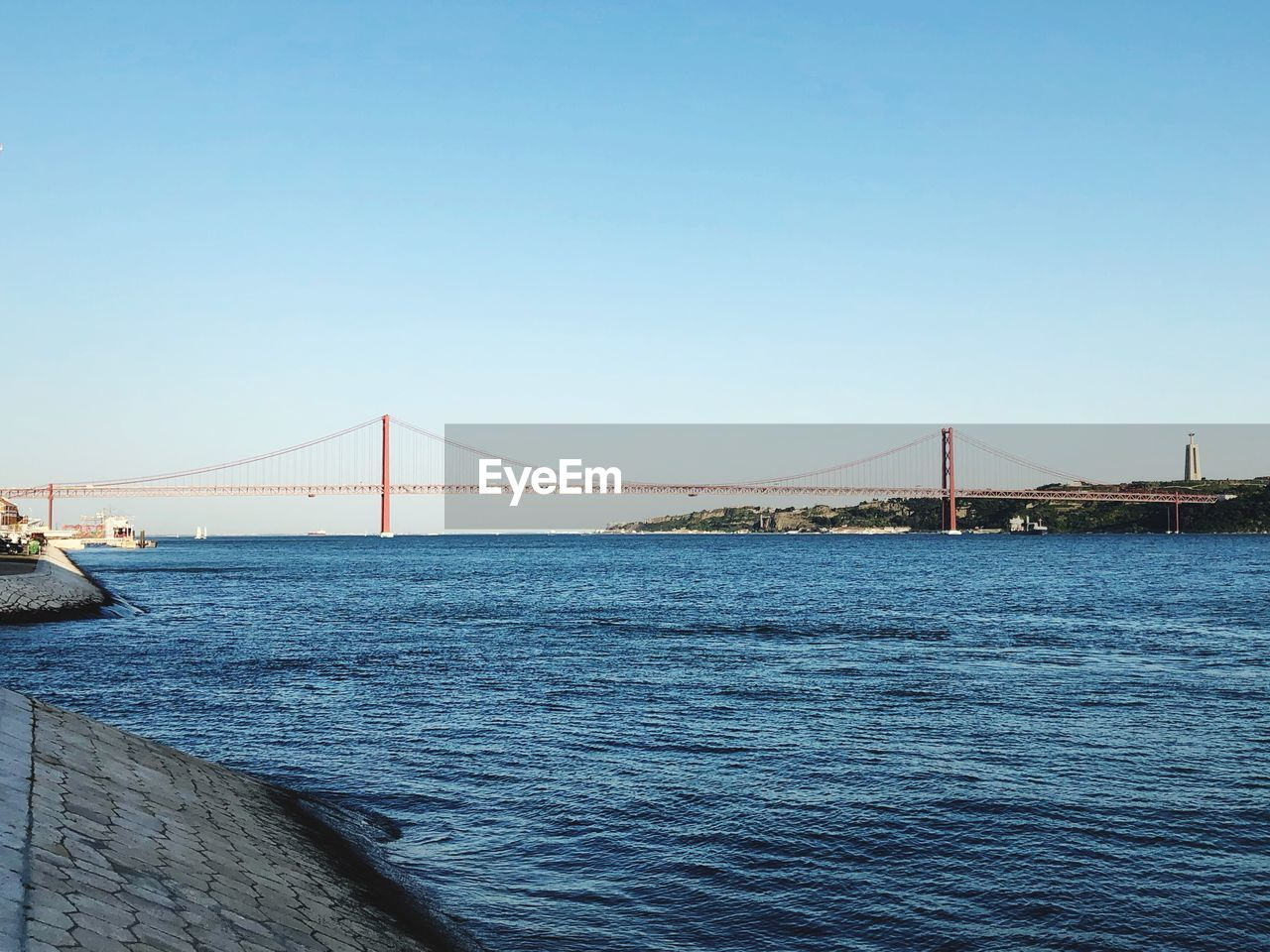 water, bridge, connection, bridge - man made structure, built structure, architecture, sky, suspension bridge, clear sky, sea, engineering, tourism, transportation, travel destinations, bay, bay of water, travel, nature, copy space, outdoors, long