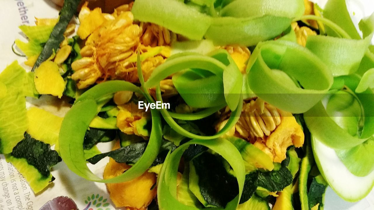 food and drink, green color, food, freshness, close-up, no people, indoors, healthy eating, leaf, ready-to-eat, day