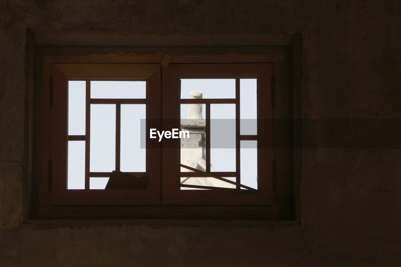window, architecture, built structure, indoors, day, no people, glass - material, building, transparent, house, geometric shape, home interior, wall - building feature, rectangle, nature, domestic room, safety, shape, protection, window frame