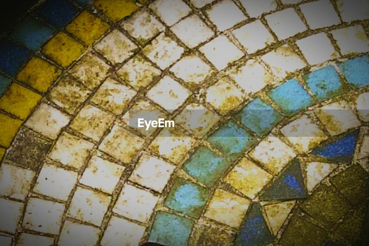 pattern, tiled floor, tile, mosaic, backgrounds, high angle view, no people, full frame, day, architecture, outdoors, close-up, geometry