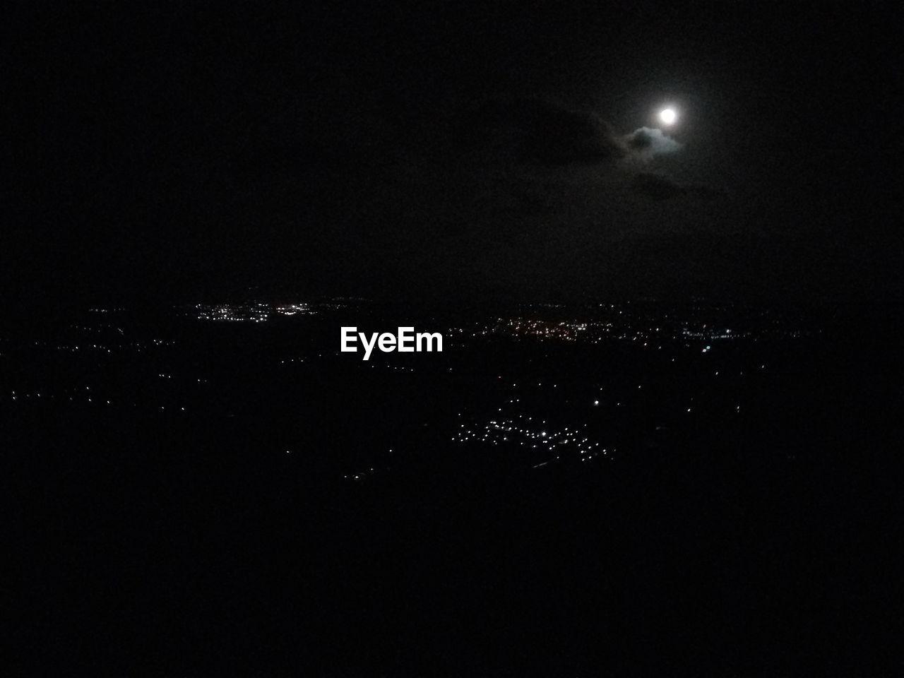 night, moon, illuminated, moonlight, astronomy, beauty in nature, sky, no people, nature, outdoors