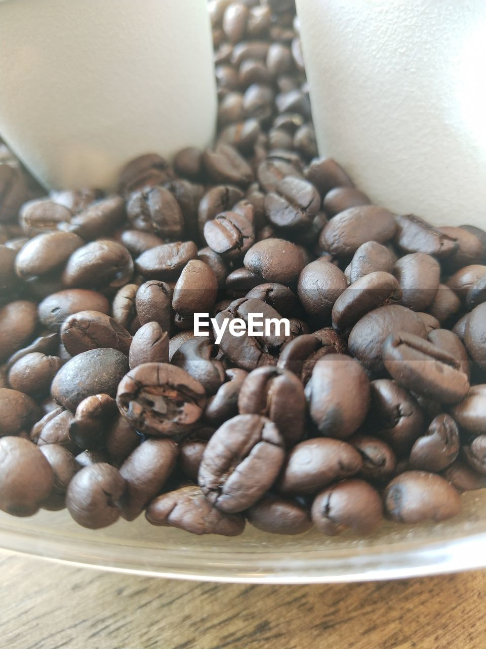 coffee, coffee - drink, food and drink, roasted coffee bean, still life, food, brown, freshness, indoors, large group of objects, table, close-up, no people, high angle view, coffee bean, abundance, refreshment, drink, cup, roasted, caffeine