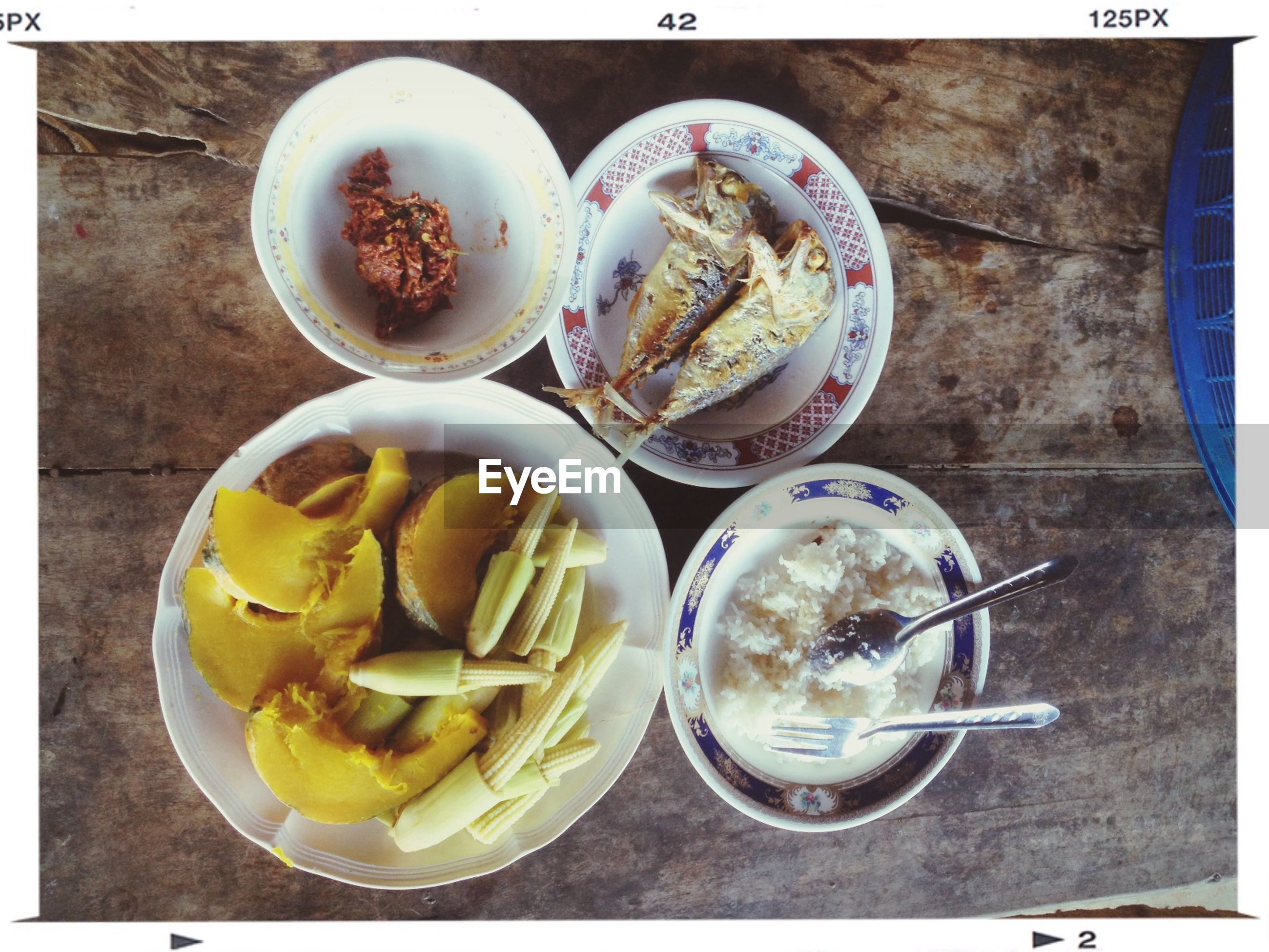 food and drink, freshness, transfer print, food, table, drink, indoors, still life, ready-to-eat, refreshment, healthy eating, auto post production filter, drinking glass, bowl, plate, high angle view, serving size, spoon, close-up, slice