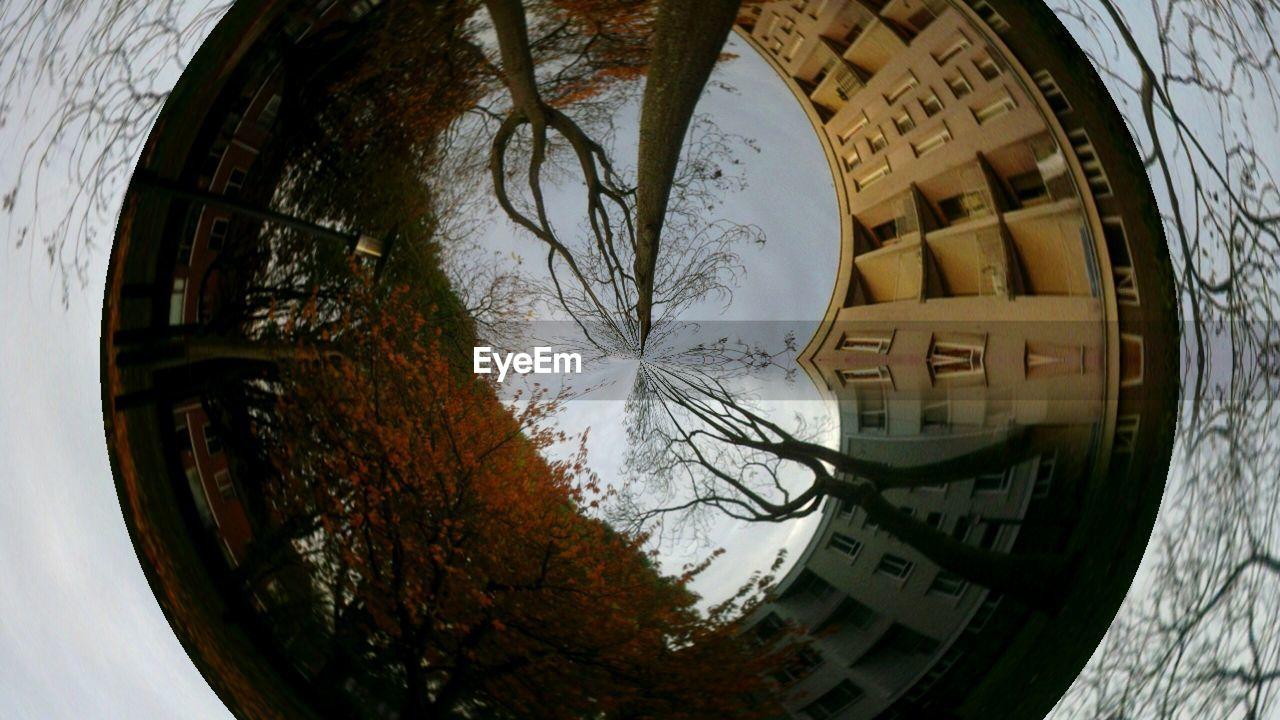 circle, fish-eye lens, no people, close-up, indoors, day
