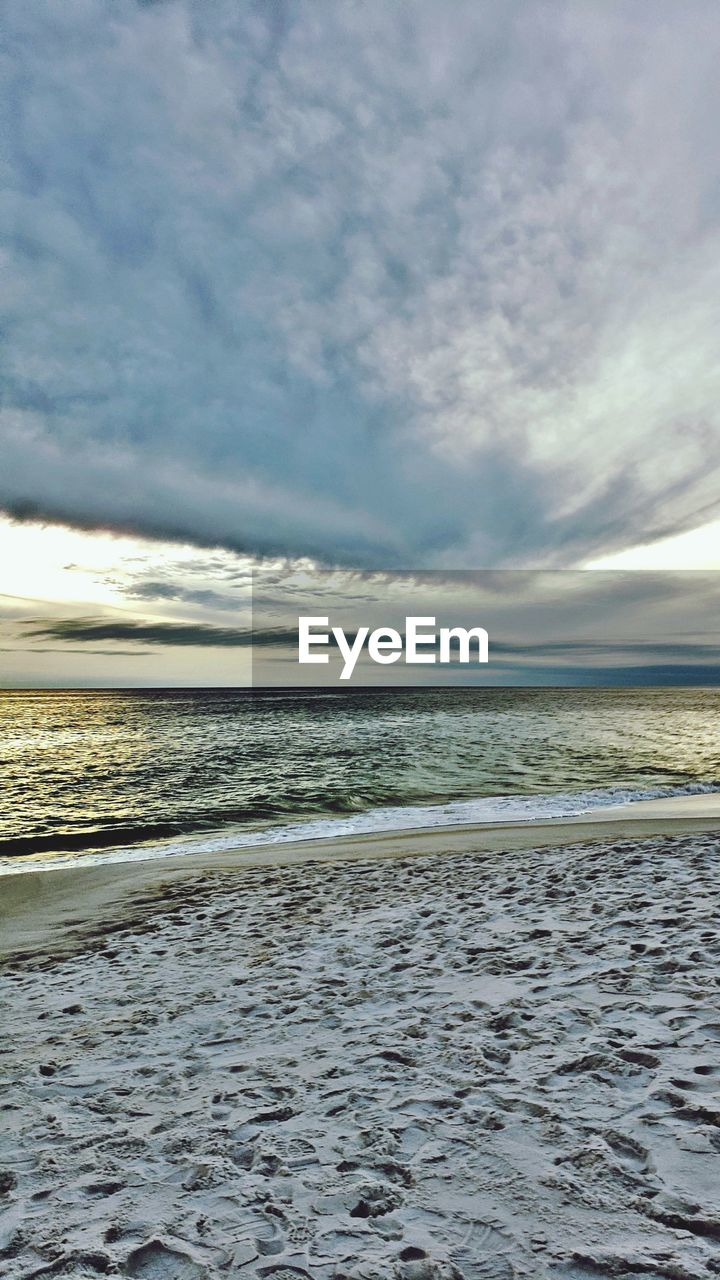 sea, sky, water, cloud - sky, beach, scenics - nature, land, beauty in nature, horizon over water, horizon, tranquil scene, tranquility, no people, nature, non-urban scene, day, sand, idyllic, motion, outdoors