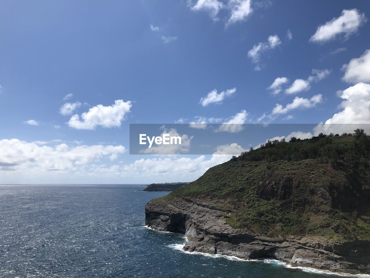 sky, sea, water, scenics - nature, beauty in nature, cloud - sky, horizon, tranquility, tranquil scene, horizon over water, nature, land, no people, day, rock, idyllic, blue, beach, waterfront, outdoors, rocky coastline
