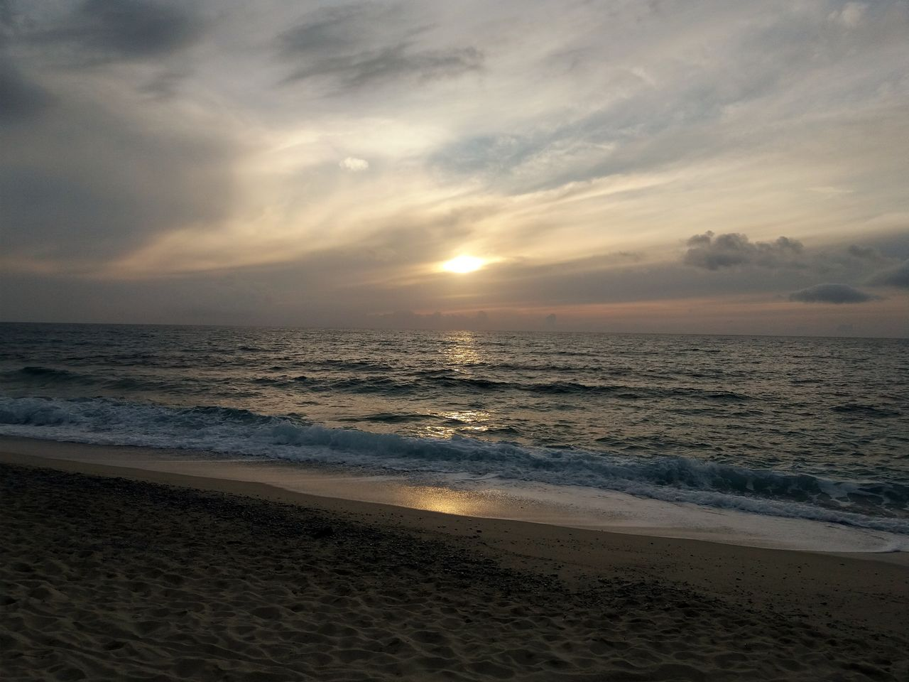 sea, beach, sky, land, water, scenics - nature, beauty in nature, sunset, horizon, horizon over water, cloud - sky, sand, tranquility, nature, tranquil scene, motion, idyllic, no people, wave, outdoors