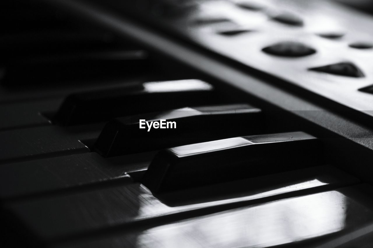 music, musical instrument, piano key, piano, arts culture and entertainment, close-up, indoors, playing, no people, keyboard, day