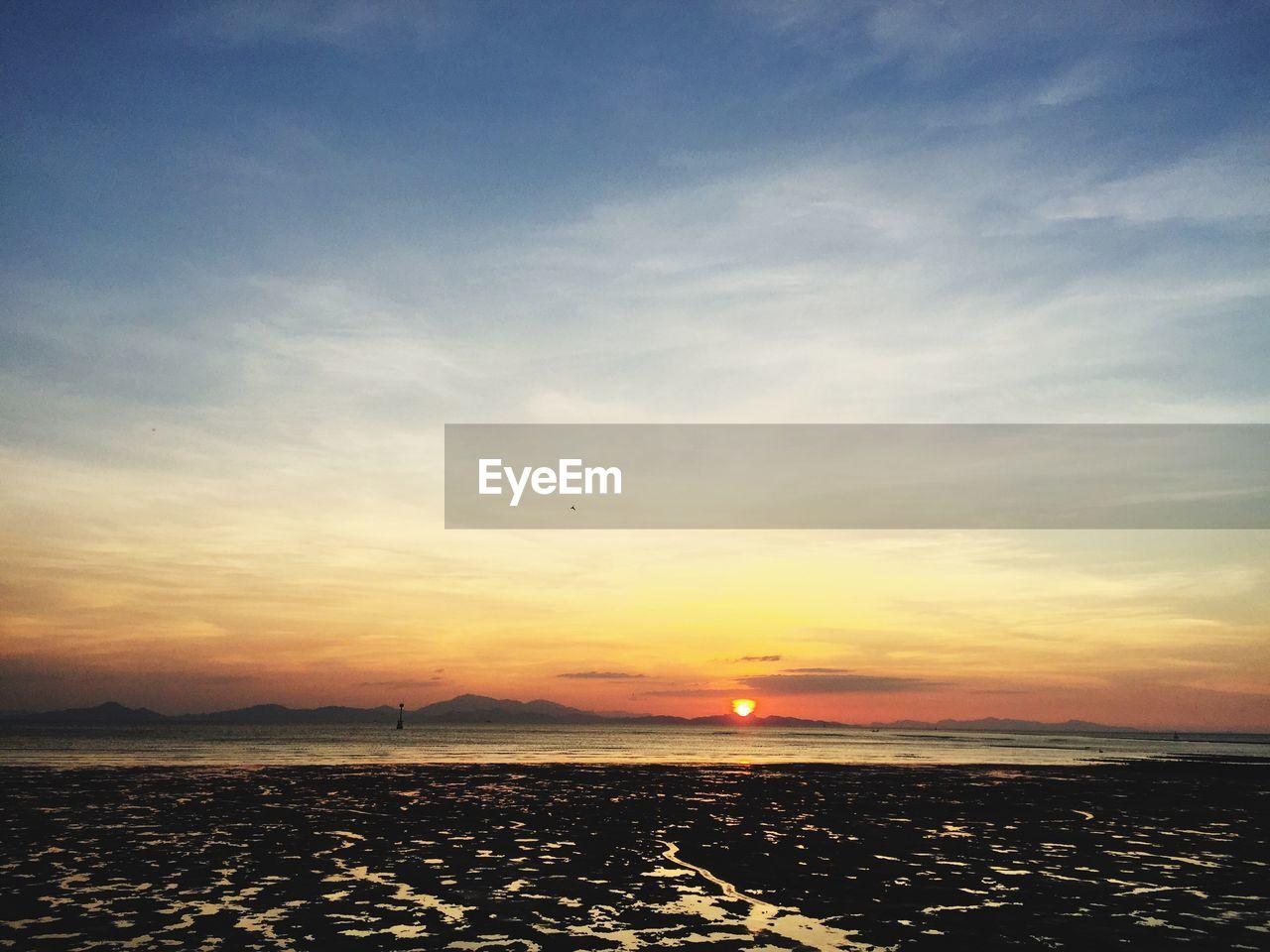 sky, sunset, water, scenics - nature, beauty in nature, sea, cloud - sky, tranquility, tranquil scene, nature, orange color, sun, land, horizon, idyllic, beach, horizon over water, outdoors, silhouette