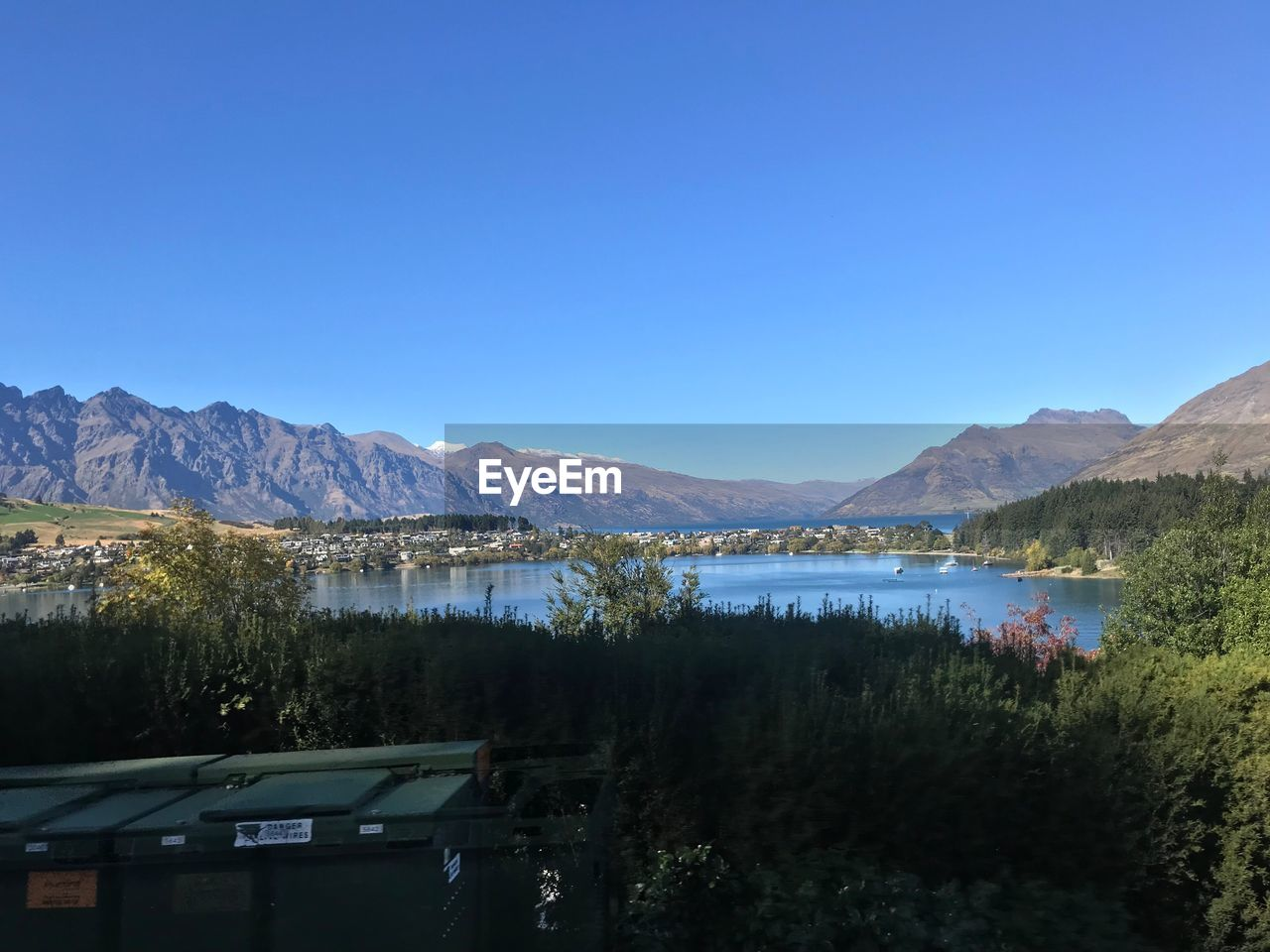 mountain, sky, scenics - nature, copy space, water, mountain range, lake, clear sky, plant, blue, beauty in nature, tree, tranquil scene, tranquility, nature, no people, day, non-urban scene, idyllic, outdoors