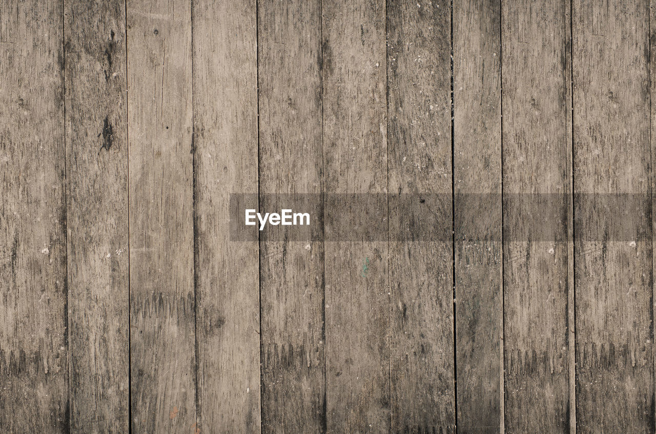 backgrounds, pattern, wood - material, textured, hardwood, plank, old-fashioned, timber, weathered, wood paneling, wood grain, textured effect, flooring, old, abstract, rough, striped, material, dirty, brown, surface level, antique, retro styled, obsolete, copy space, lumber industry, close-up, full frame, nature, rustic, knotted wood, building exterior, no people, architecture, outdoors