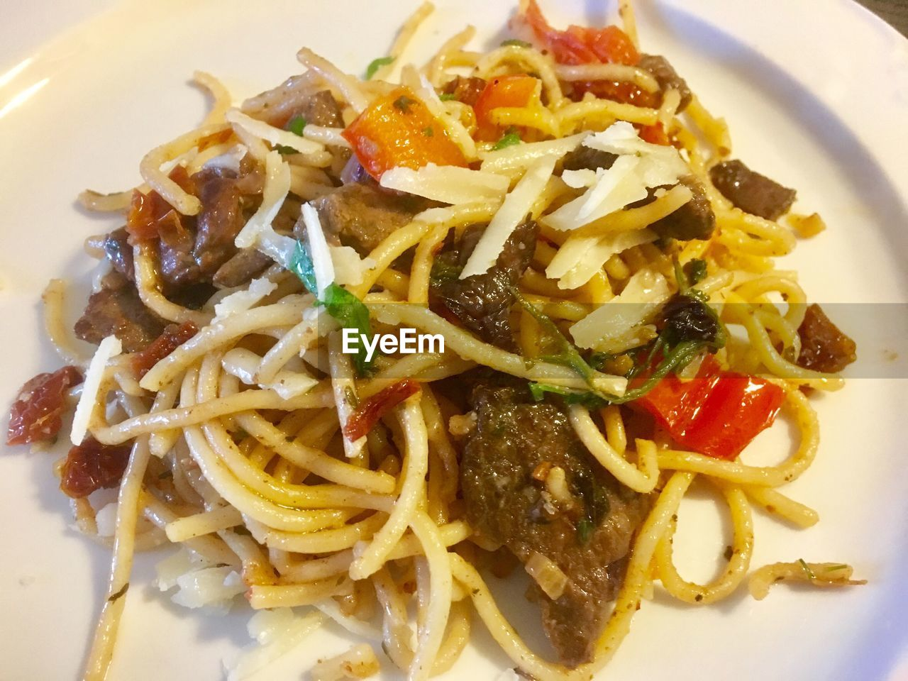 pasta, ready-to-eat, food and drink, food, plate, freshness, serving size, italian food, noodles, meal, healthy eating, close-up, spaghetti, no people, indoors, day