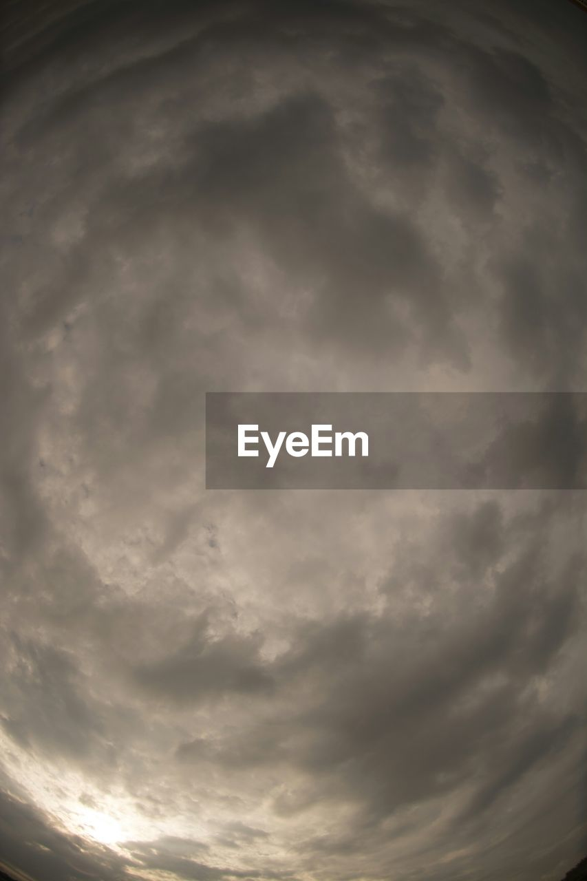 cloud - sky, sky, beauty in nature, weather, cloudscape, storm cloud, nature, dramatic sky, no people, scenics, sky only, low angle view, outdoors, tranquility, day, sunset
