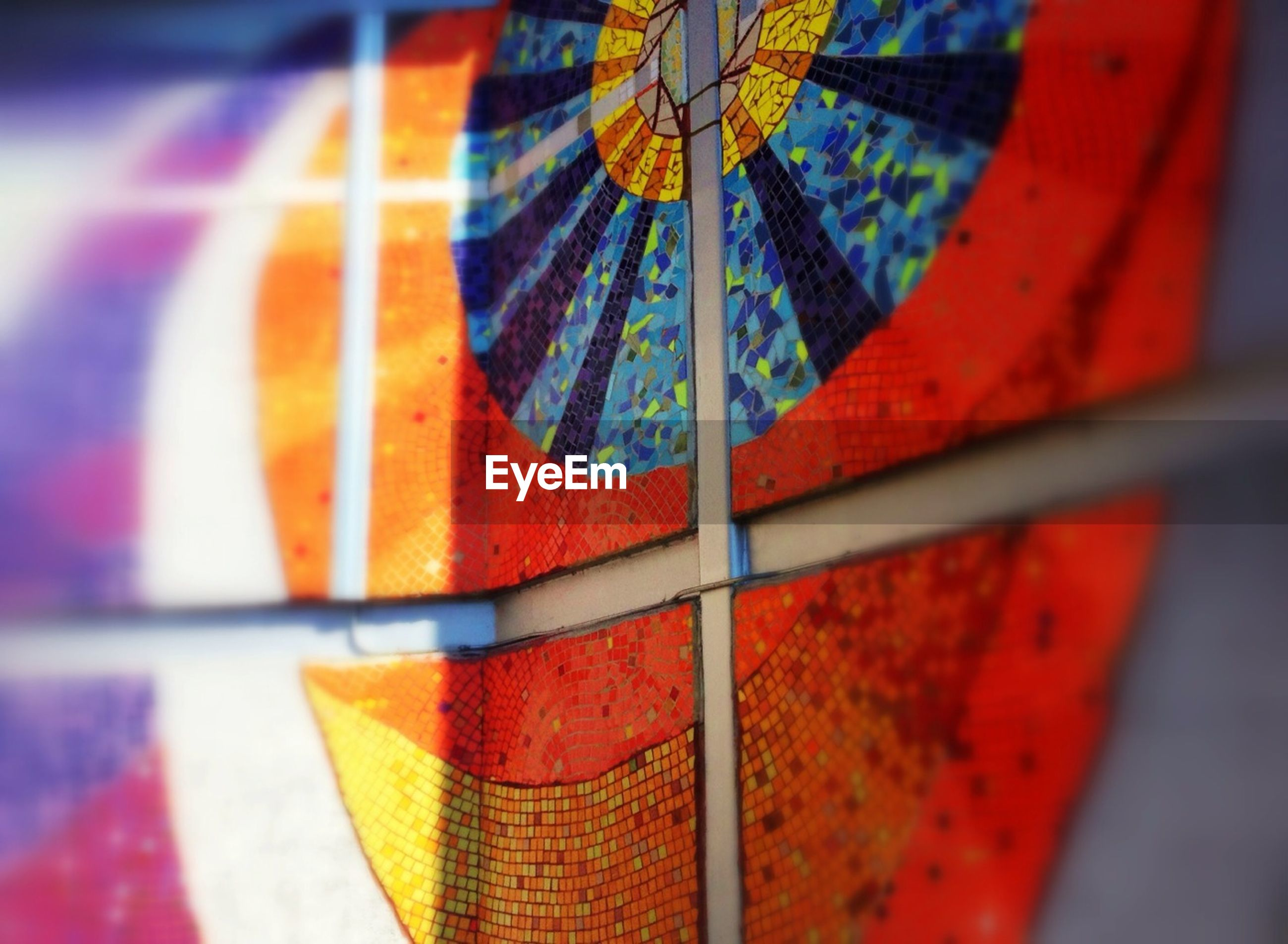 multi colored, close-up, red, focus on foreground, pattern, colorful, indoors, selective focus, umbrella, orange color, fabric, still life, day, no people, design, part of, single object, textile, hanging