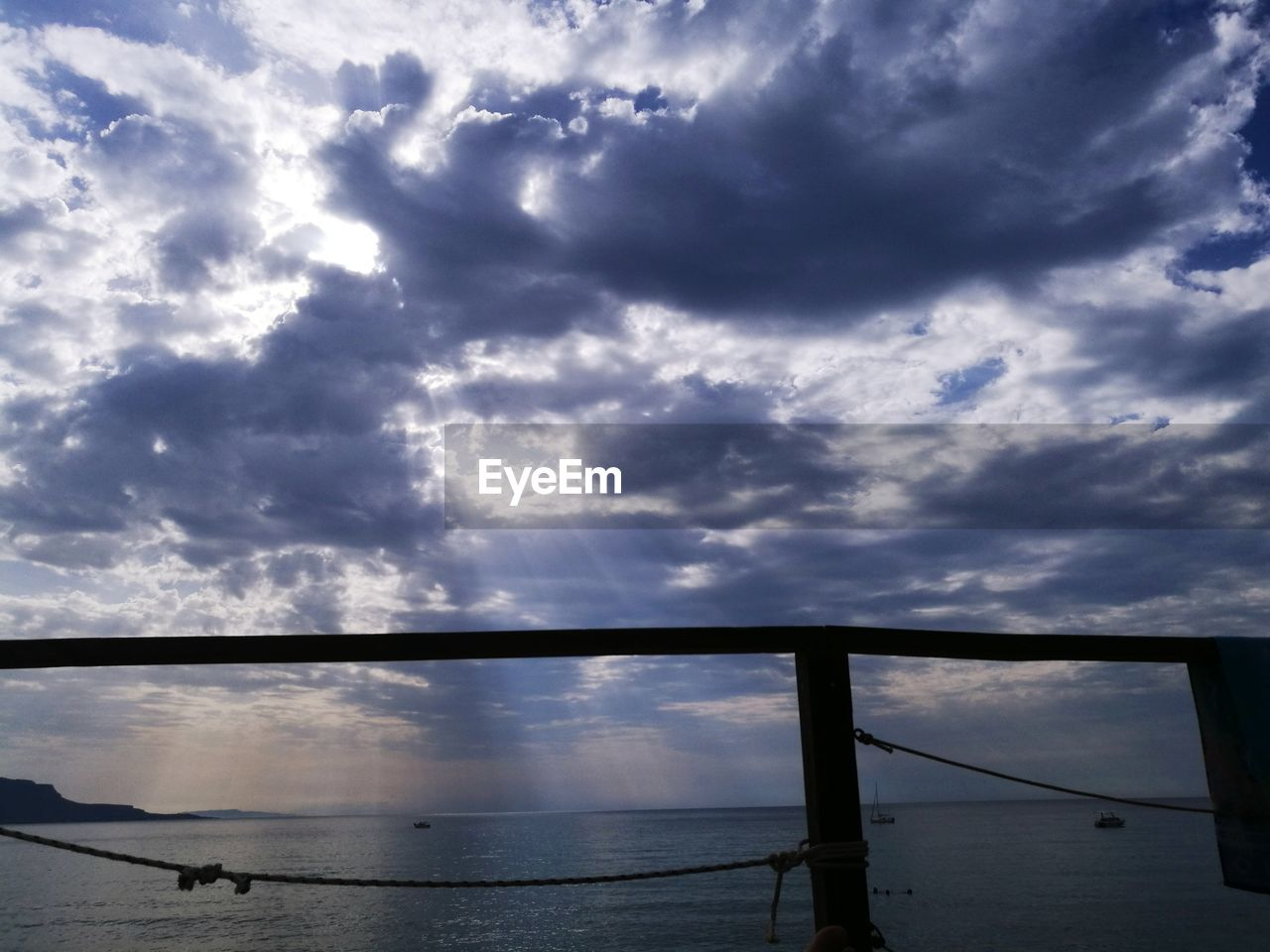 water, cloud - sky, sky, day, nature, no people, outdoors, beauty in nature, scenics, silhouette, sea, animal themes