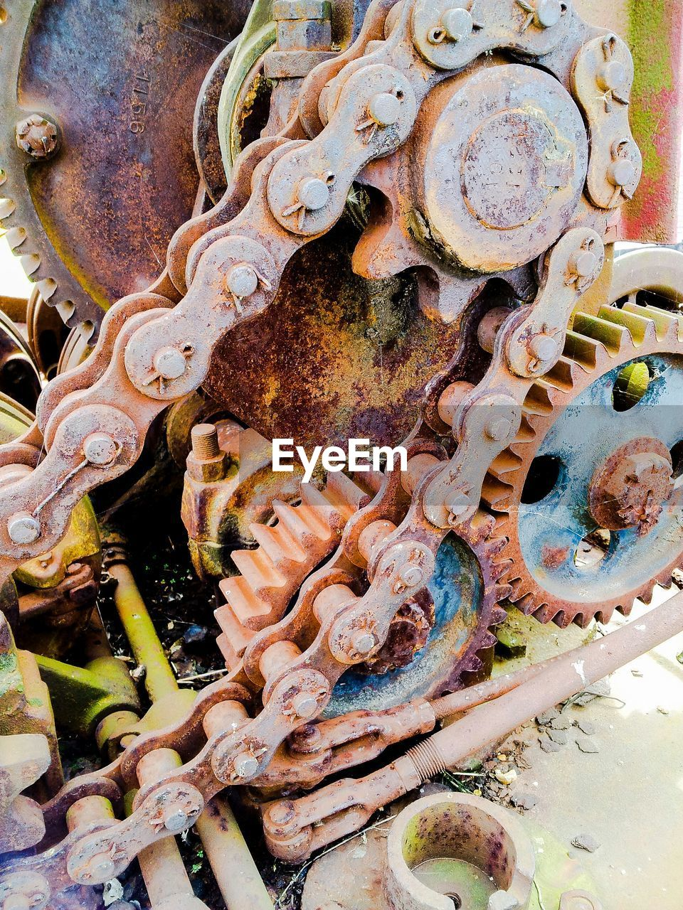 Rusty gears and chain Popular Photos Taking Photos Color Photography Getting Inspired Check This Out Eye4photography  Street Photography Rust EyeEm Best Shots Gears Industrial Rustygoodness Machinery Machine Part Old Color Colors Backgrounds Background Textures And Surfaces Textured  Texture Chain Colorsplash EyeEm Gallery
