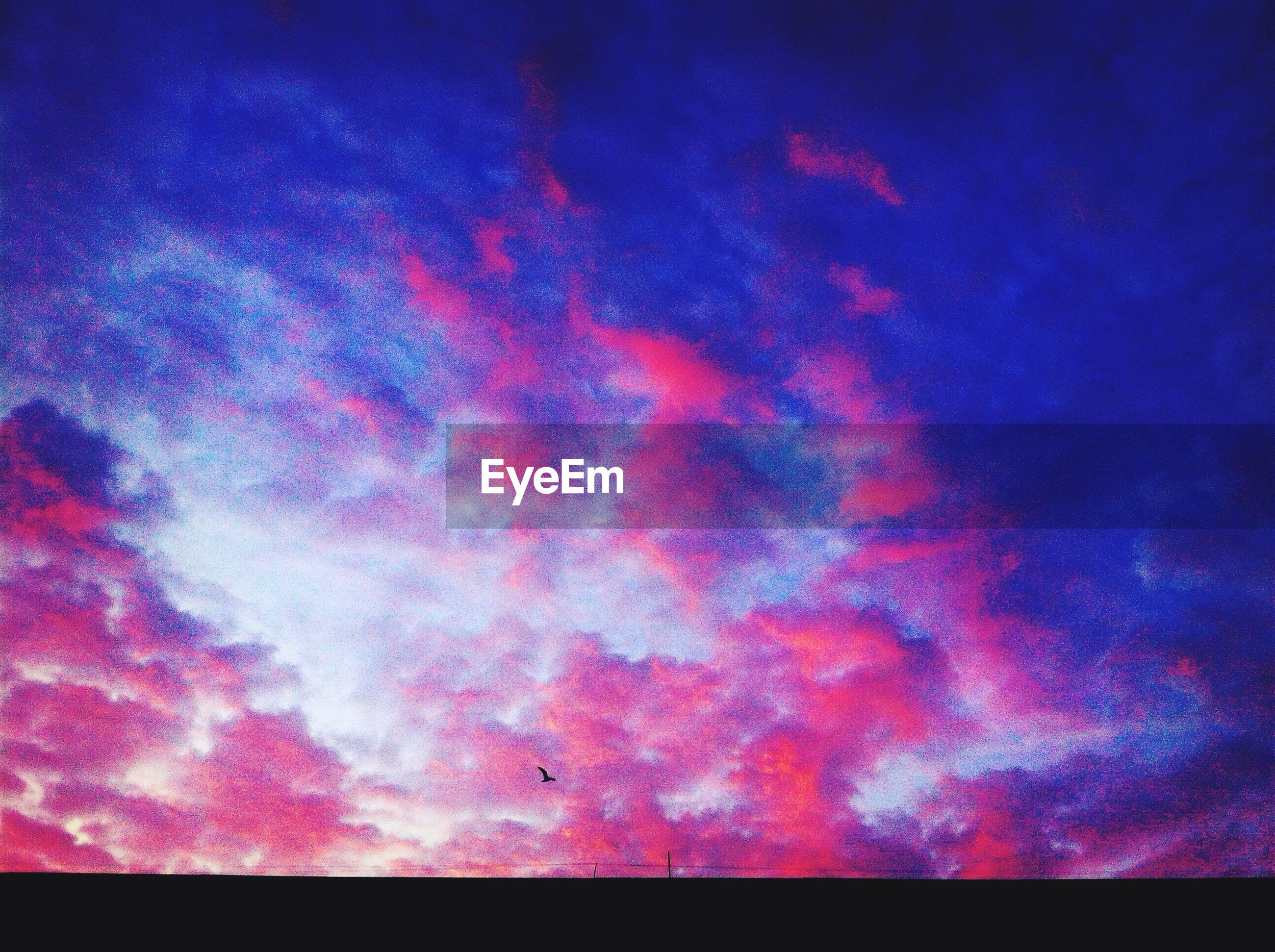 sky, beauty in nature, scenics, low angle view, cloud - sky, blue, tranquility, tranquil scene, nature, backgrounds, dramatic sky, sky only, idyllic, cloudy, full frame, majestic, night, purple, cloud, dusk