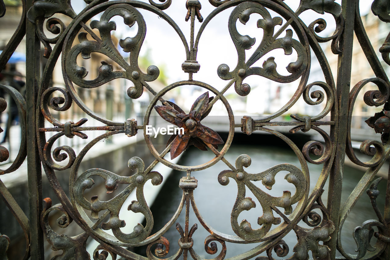 metal, close-up, design, gate, full frame, wrought iron, outdoors, safety, no people, protection, pattern, day, backgrounds