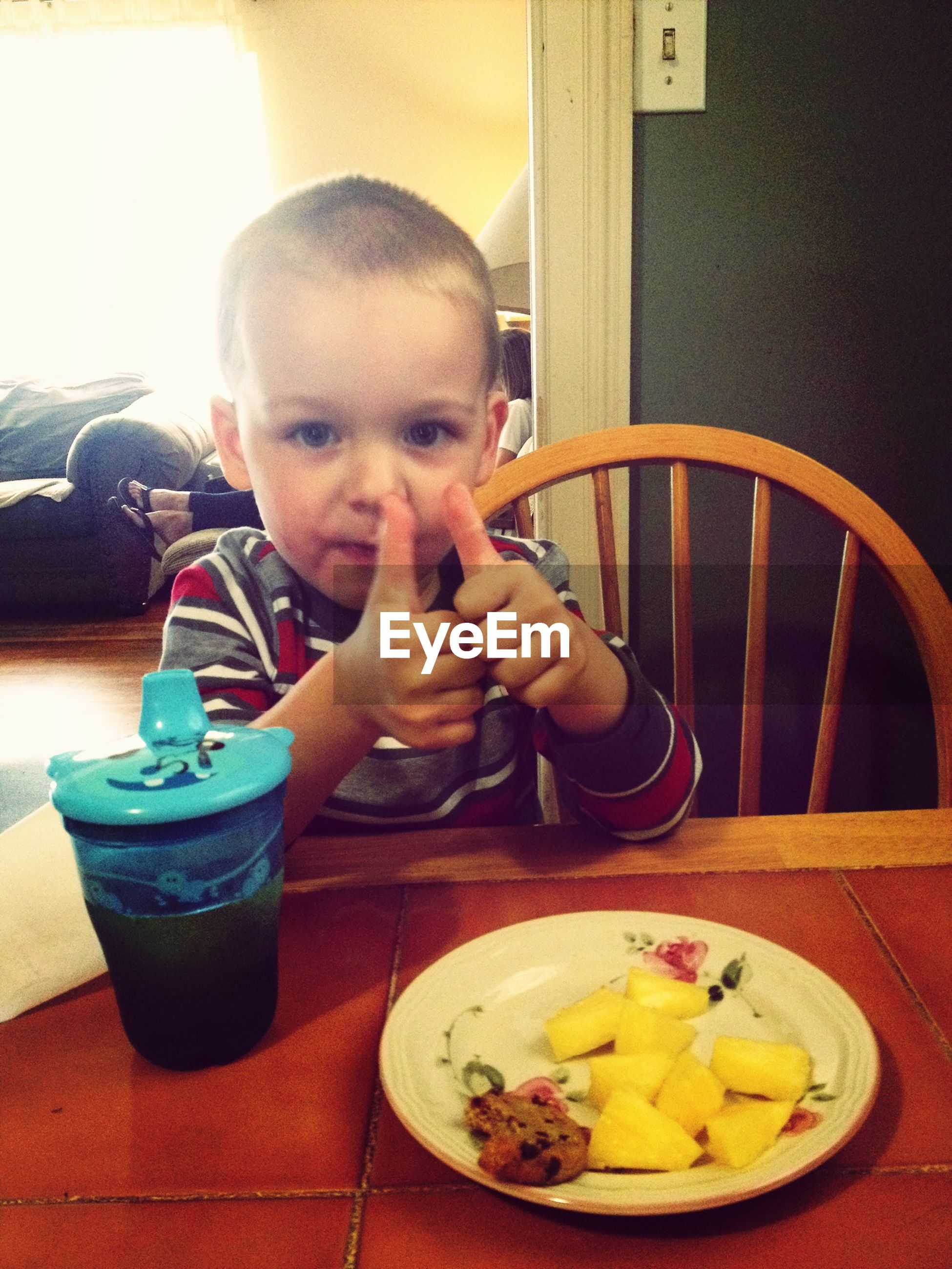food and drink, food, indoors, freshness, holding, lifestyles, table, leisure activity, person, ready-to-eat, plate, indulgence, healthy eating, childhood, boys, drink, elementary age, eating