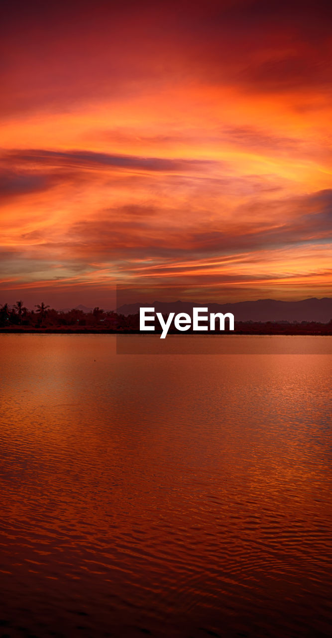 sunset, sky, beauty in nature, scenics - nature, orange color, tranquility, cloud - sky, tranquil scene, water, waterfront, no people, sea, idyllic, nature, dramatic sky, non-urban scene, outdoors, horizon, majestic, romantic sky
