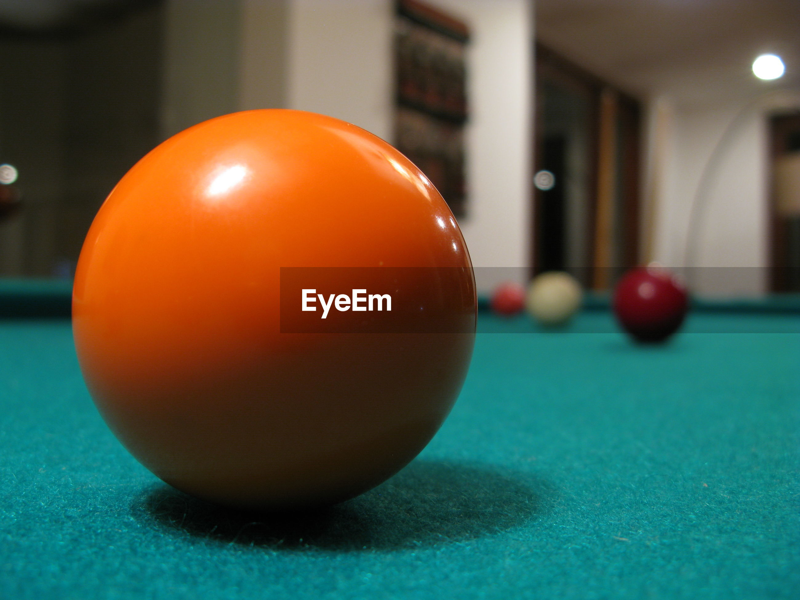 CLOSE-UP OF BALL AND TABLE