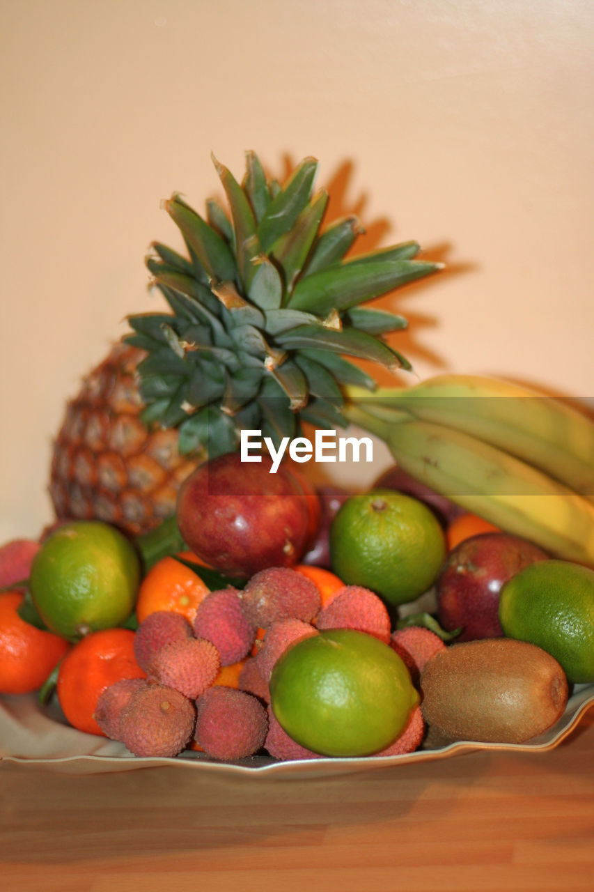 fruit, food and drink, healthy eating, freshness, table, food, indoors, no people, green color, close-up, day