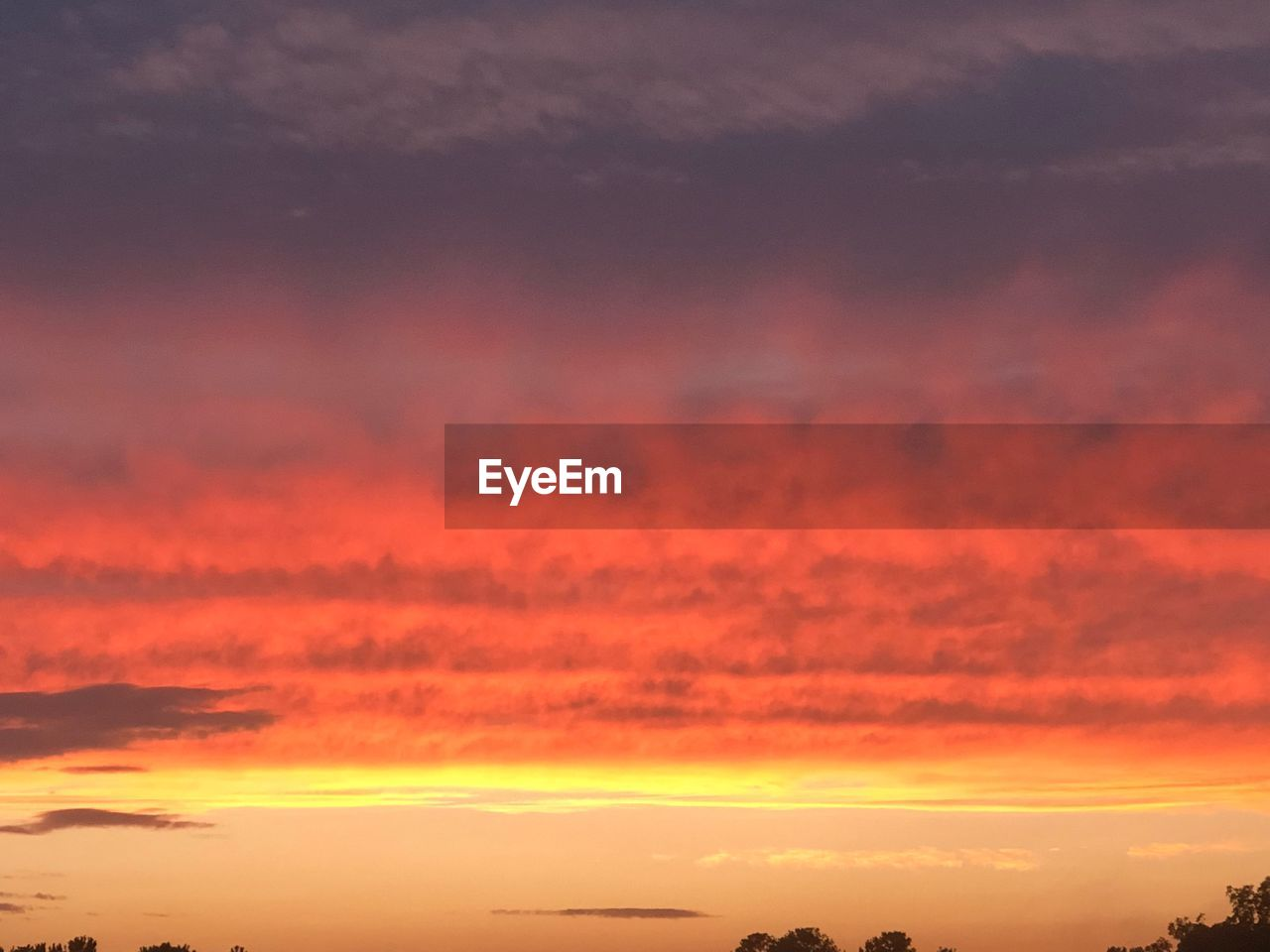 sunset, orange color, cloud - sky, beauty in nature, sky, scenics - nature, tranquility, tranquil scene, idyllic, nature, no people, dramatic sky, outdoors, red, environment, backgrounds, majestic, vibrant color, pink color, romantic sky, meteorology