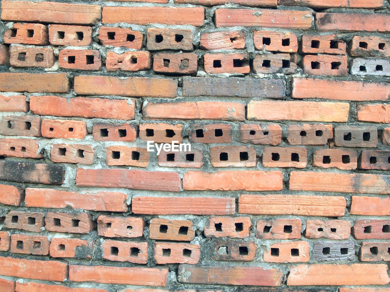 brick, full frame, brick wall, architecture, built structure, no people, backgrounds, building exterior, wall, pattern, brown, day, outdoors, wall - building feature, history, old, textured, the past, orange color, construction industry