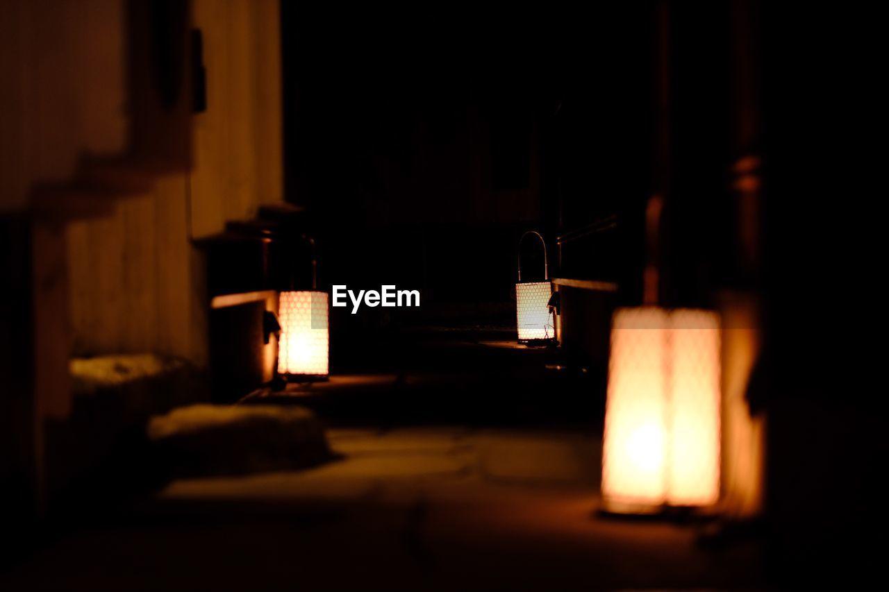 ILLUMINATED LAMP IN DARKROOM