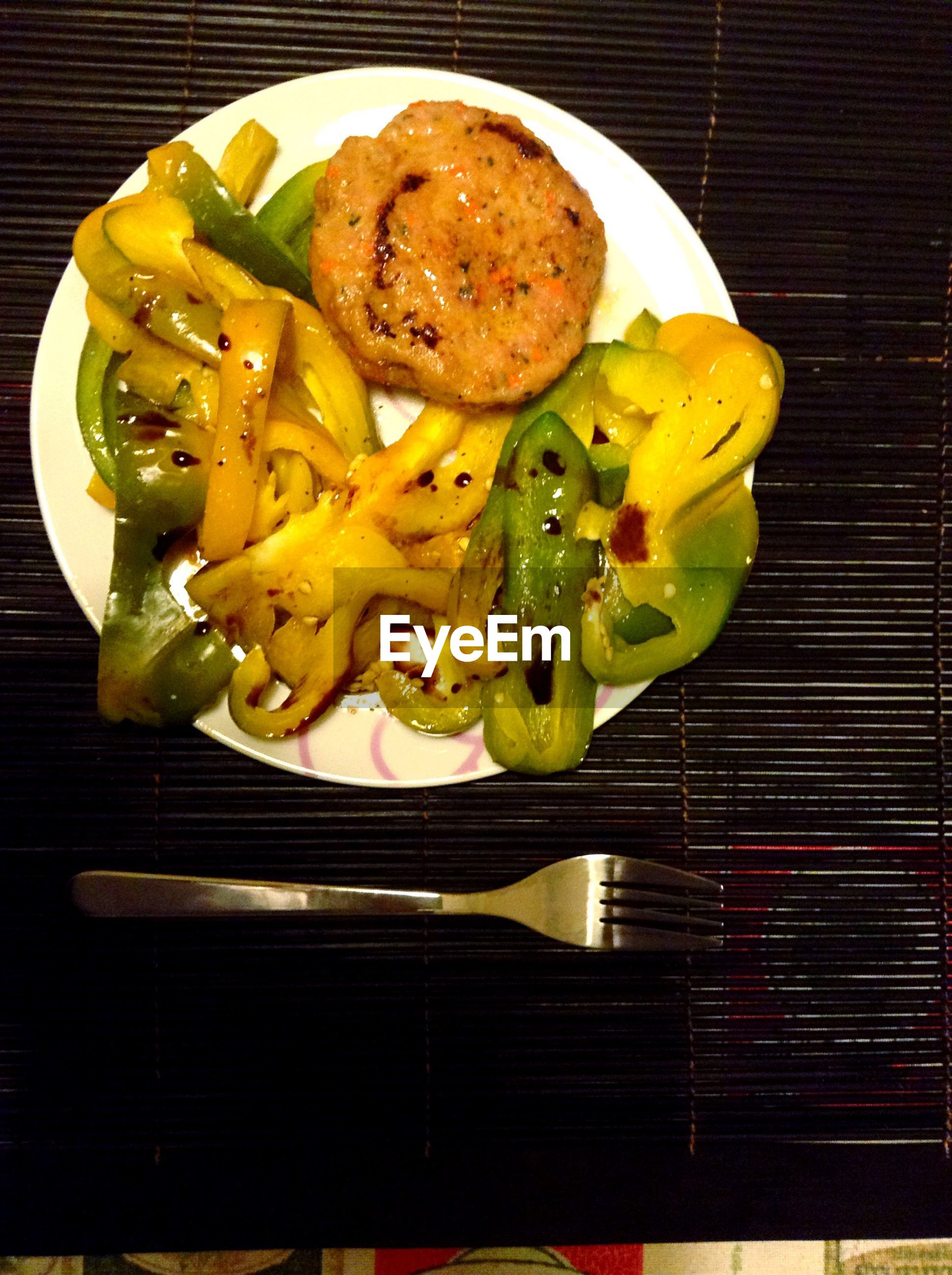 food and drink, food, freshness, indoors, ready-to-eat, plate, still life, healthy eating, table, directly above, high angle view, close-up, slice, meal, vegetable, indulgence, serving size, bread, meat, no people