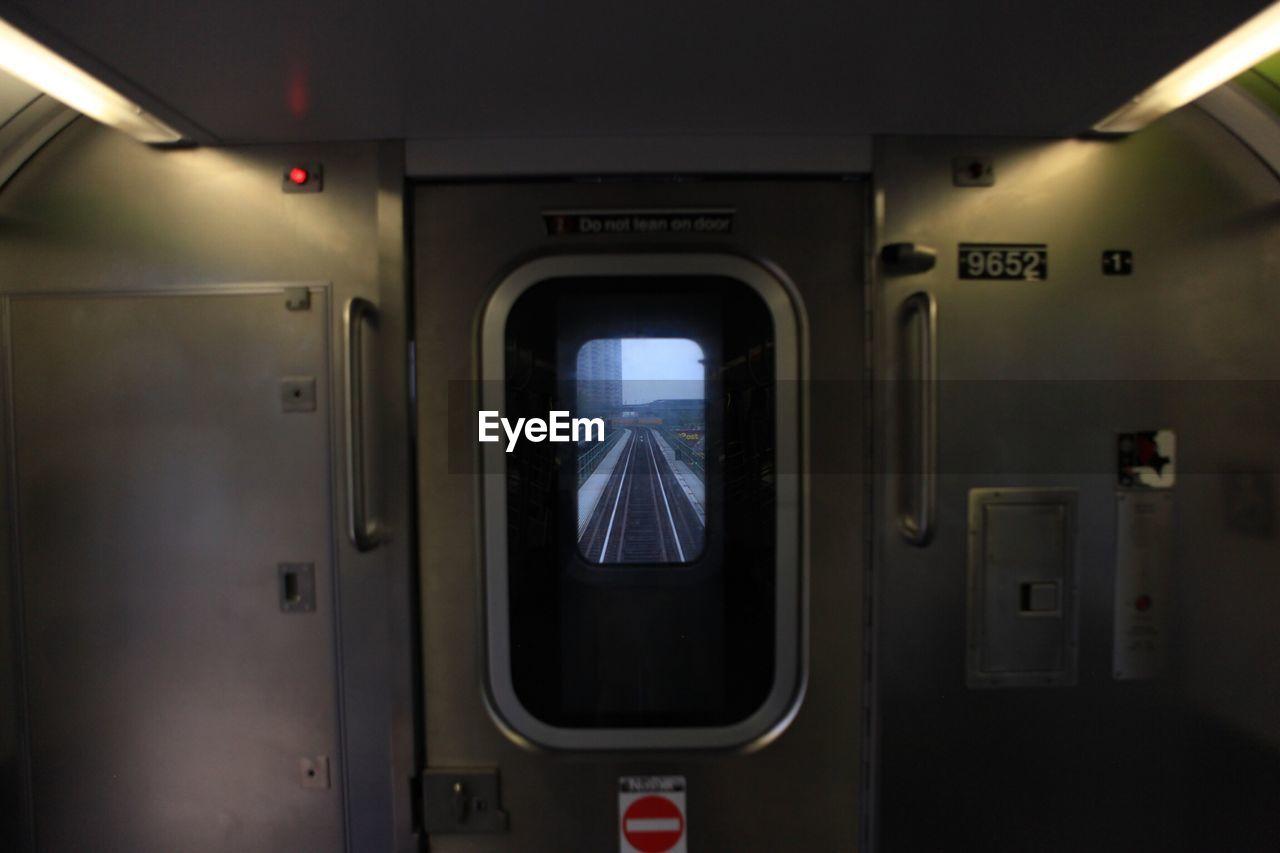 vehicle interior, transportation, public transportation, train - vehicle, mode of transport, indoors, illuminated, no people, day