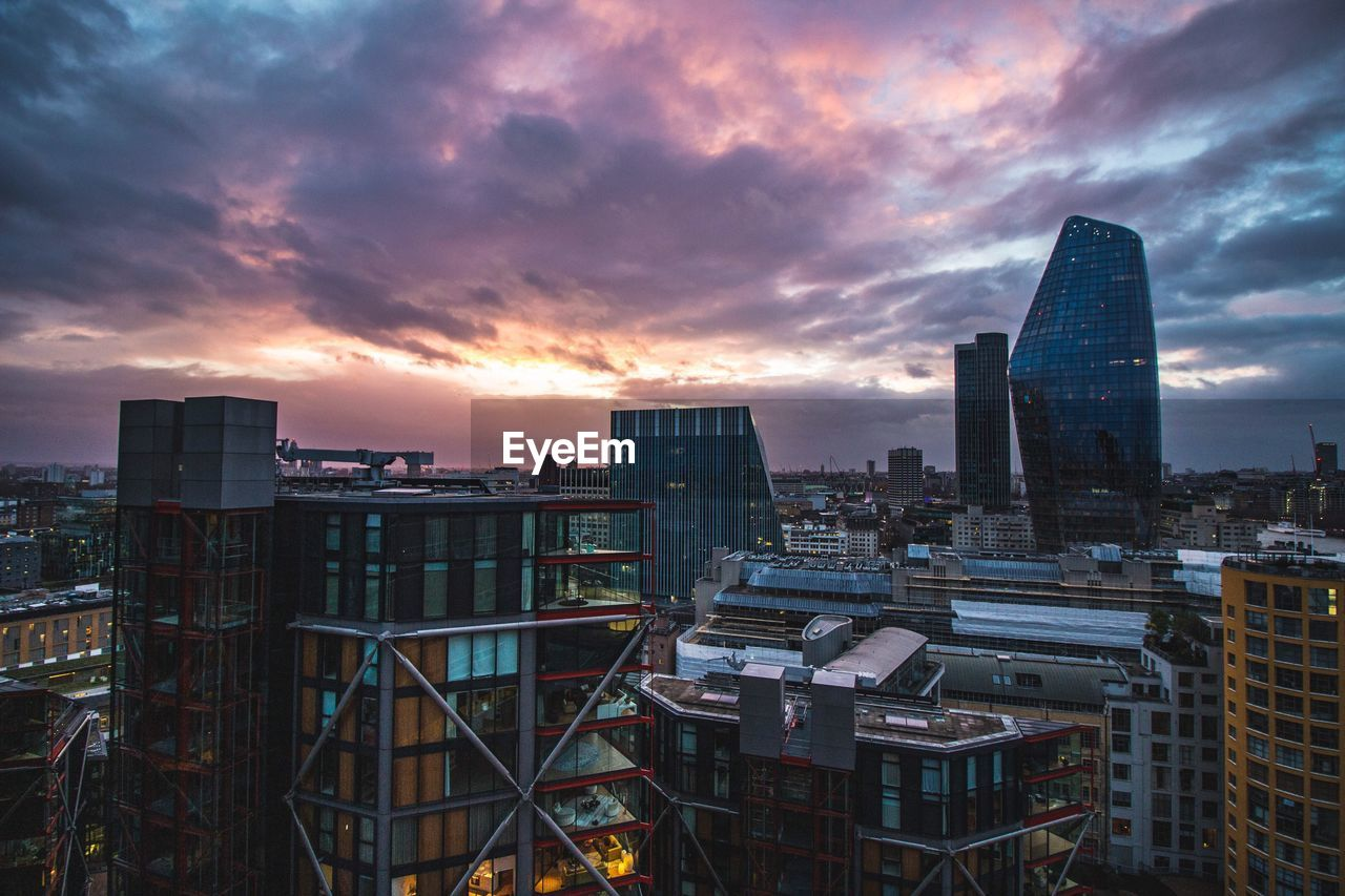building exterior, built structure, architecture, sky, cloud - sky, city, building, sunset, cityscape, nature, no people, office building exterior, skyscraper, modern, tall - high, office, outdoors, orange color, dusk