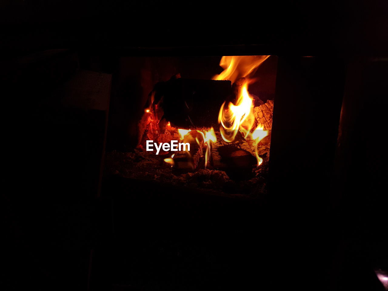 flame, burning, heat - temperature, glowing, night, dark, fireplace, bonfire, campfire, indoors, fire pit, no people, close-up