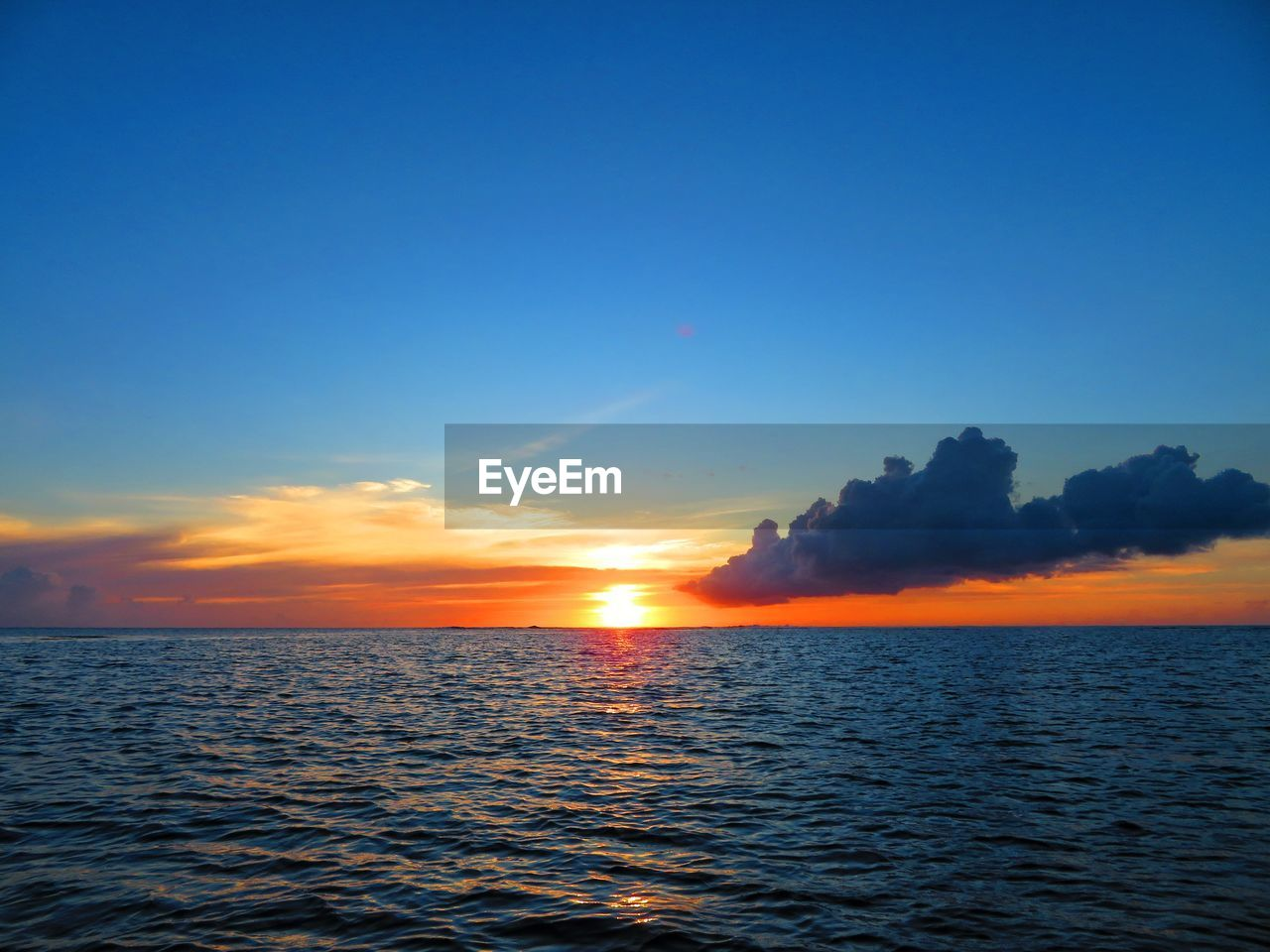 sky, water, sunset, sea, beauty in nature, scenics - nature, waterfront, tranquil scene, tranquility, orange color, horizon over water, horizon, cloud - sky, idyllic, nature, no people, non-urban scene, outdoors, copy space