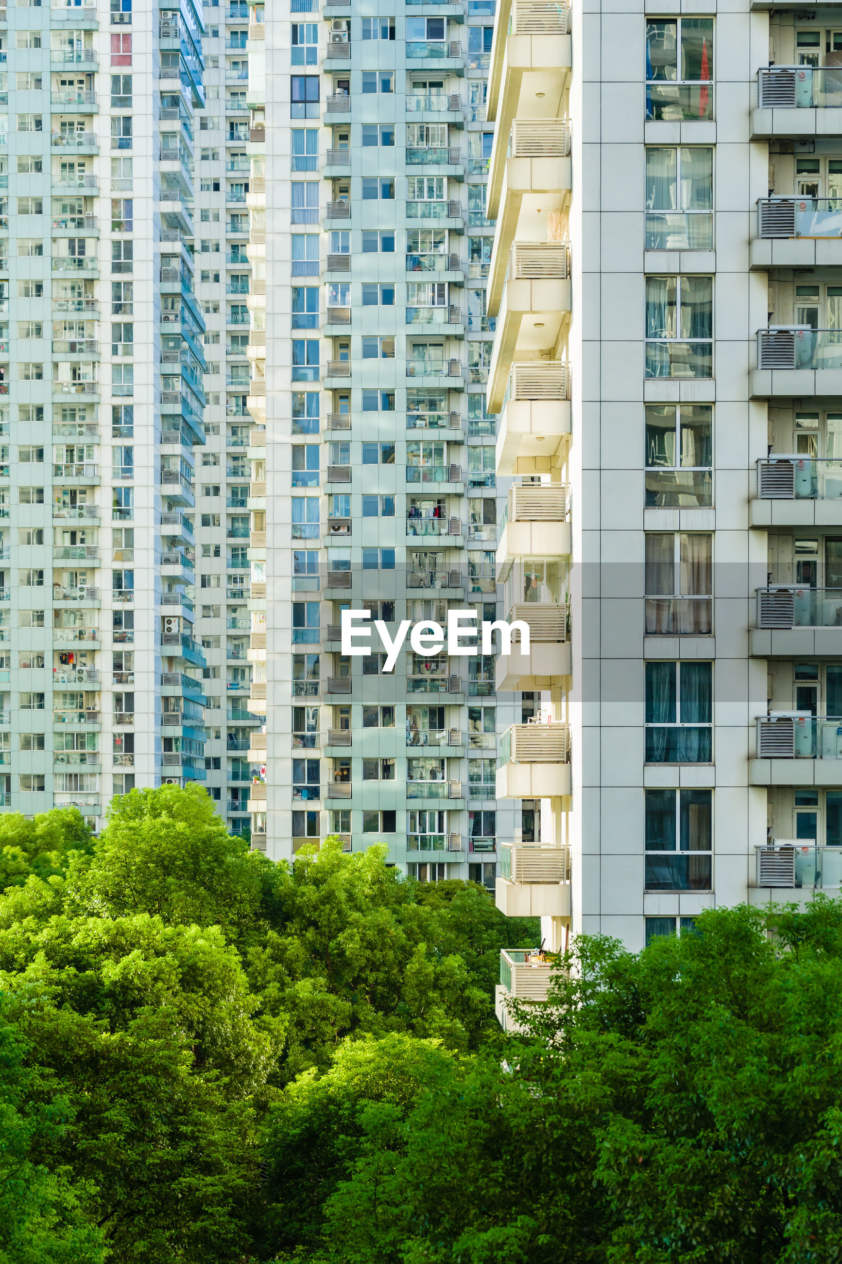 The sceenic view of apartment in urban city