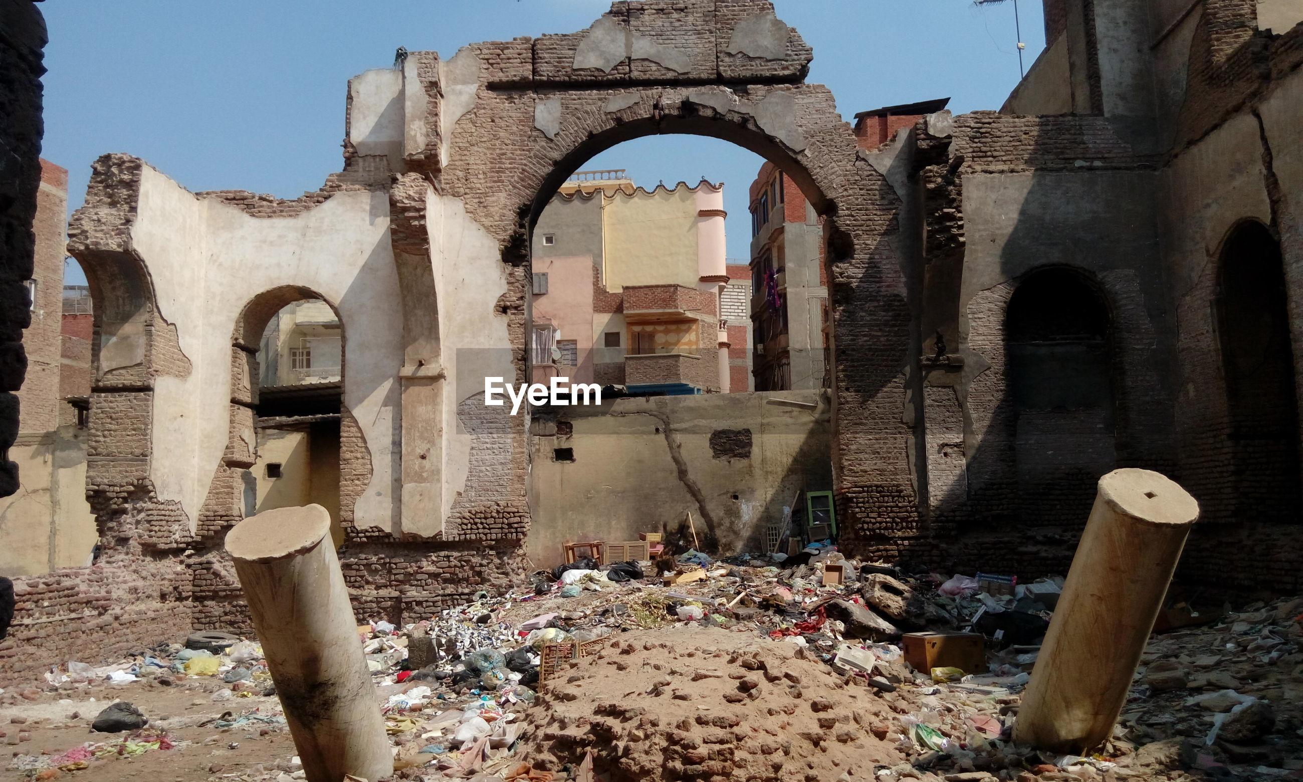 architecture, old ruin, arch, built structure, damaged, history, abandoned, day, bad condition, no people, building exterior, ancient, outdoors, ancient civilization, sky