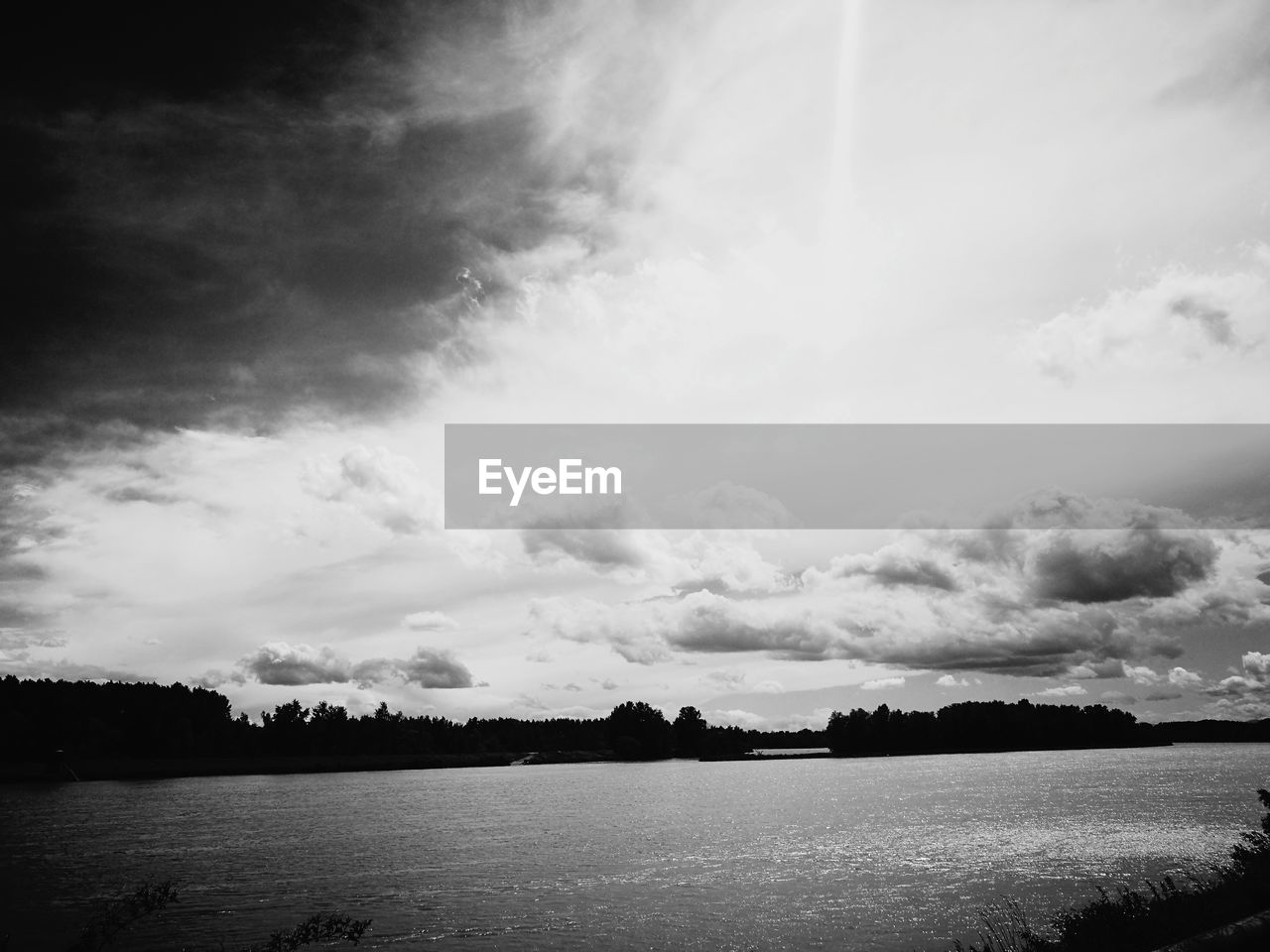sky, cloud - sky, scenics, nature, tranquility, beauty in nature, water, tranquil scene, no people, outdoors, lake, landscape, tree, day