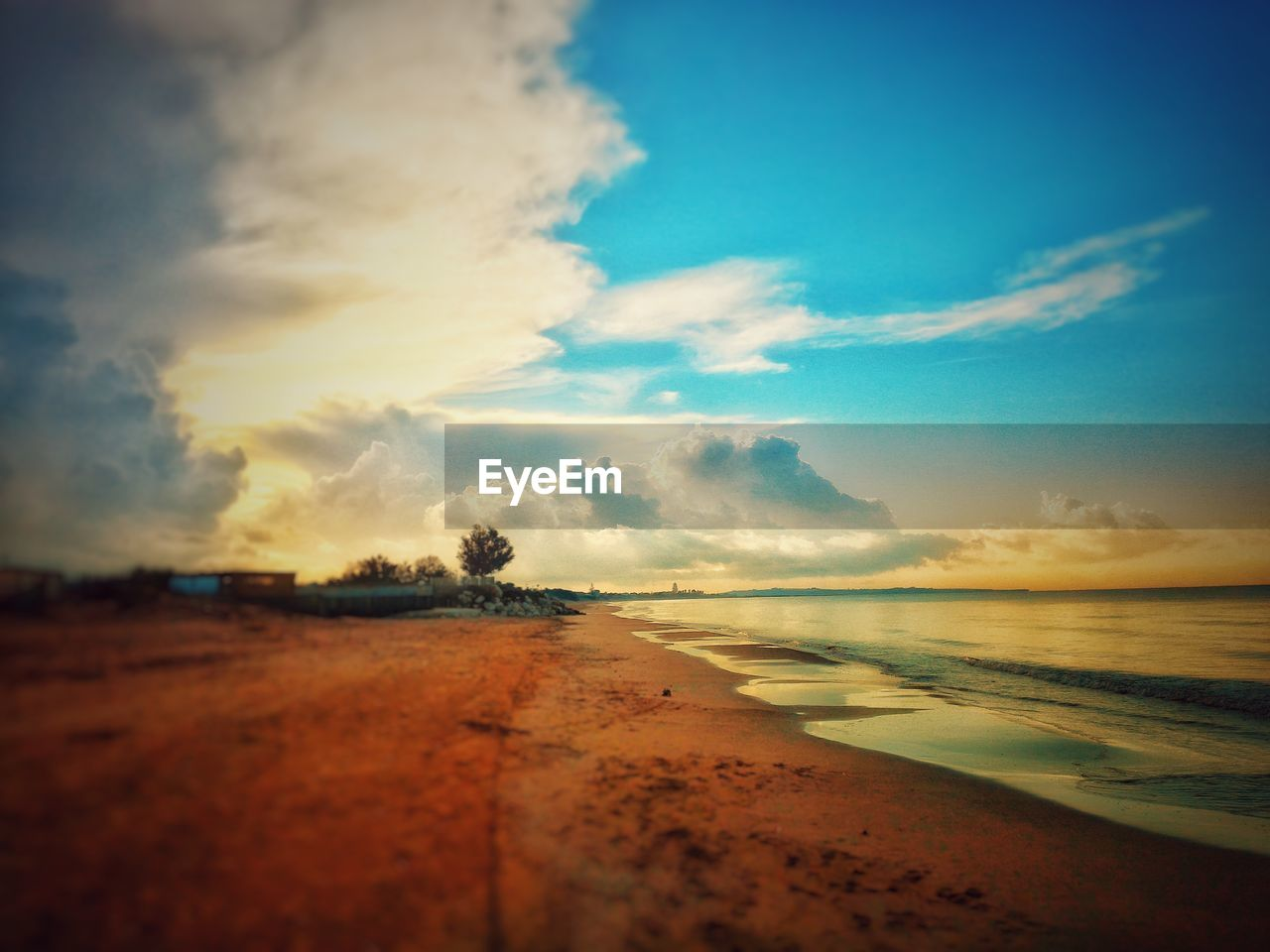 sea, sky, beach, scenics, sunset, beauty in nature, cloud - sky, tranquility, tranquil scene, nature, sand, water, horizon over water, outdoors, no people, travel destinations, vacations, day
